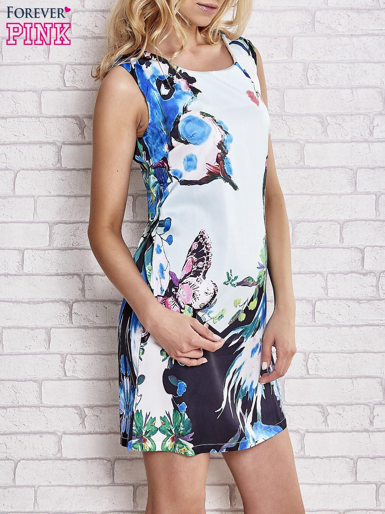 Jasnoniebieska sukienka z malowanym nadrukiem                                  zdj.                                  3