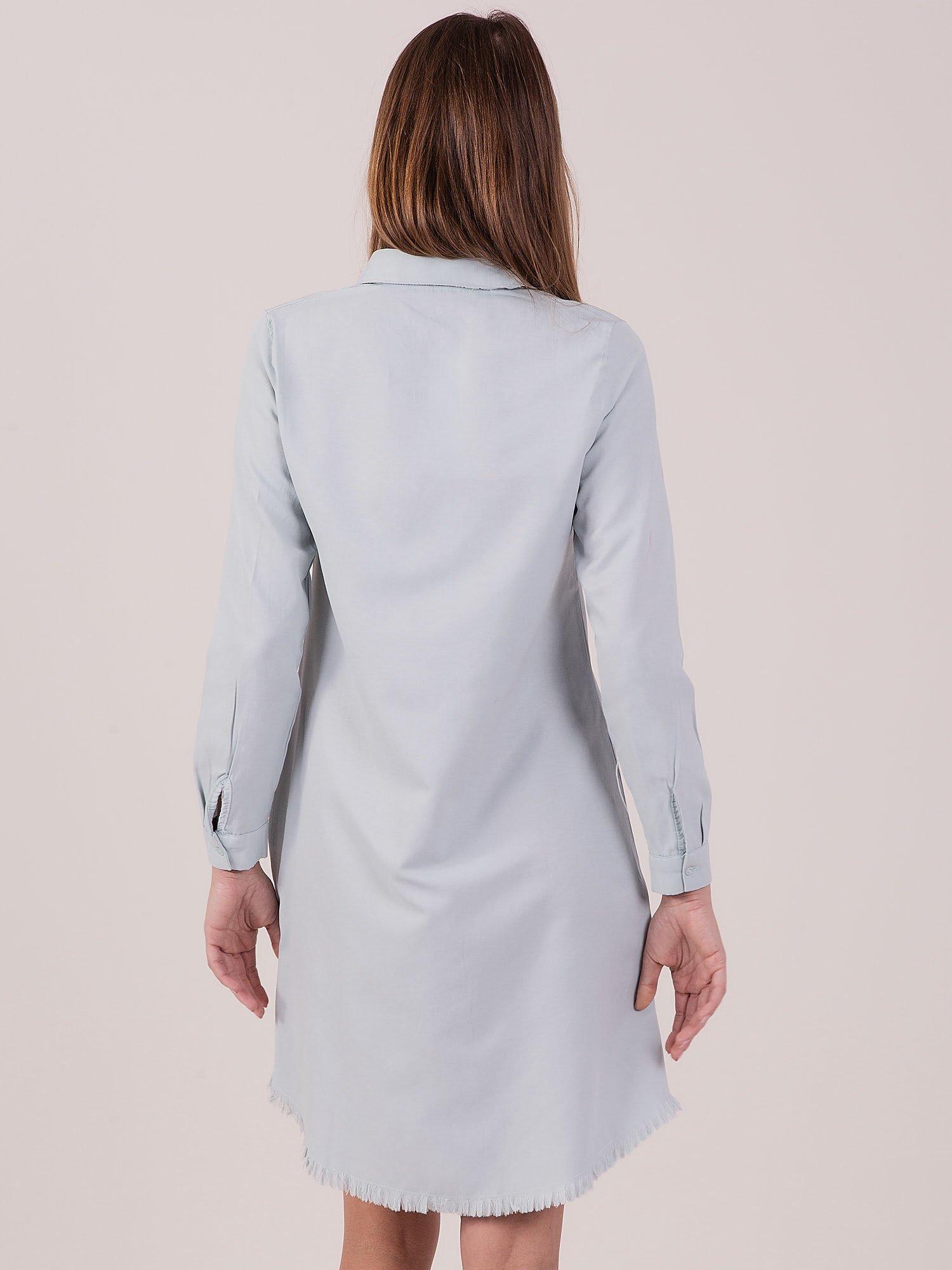 3e1a61b2 Jasnoniebieska sukienka zapinana na guziki