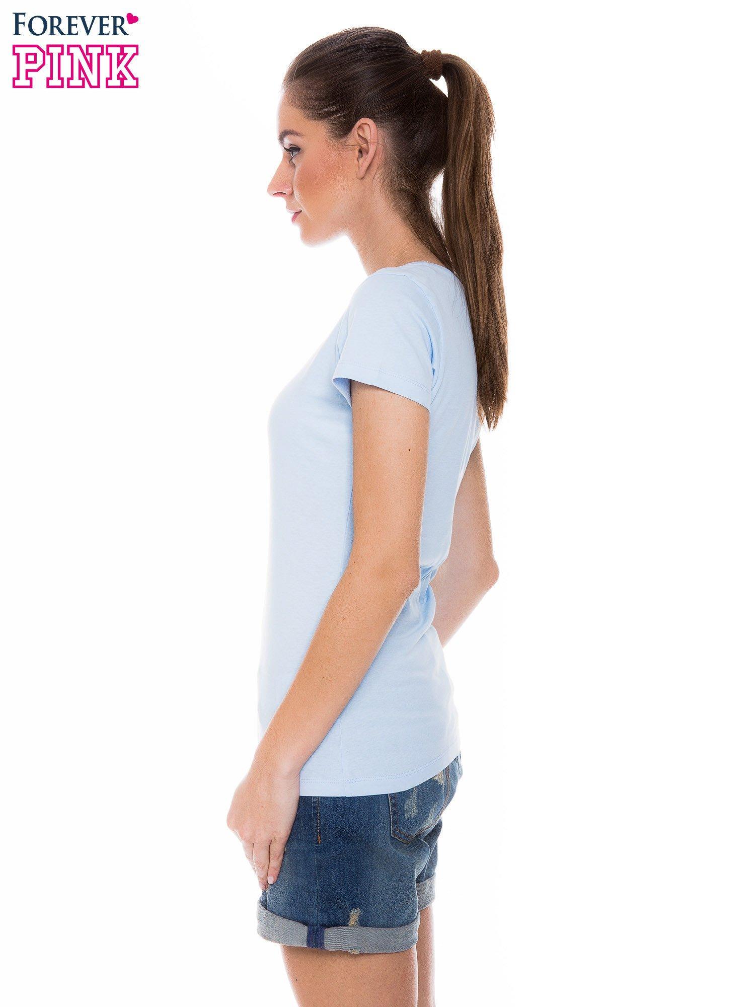 Jasnoniebieski basicowy t-shirt z okrągłym dekoltem                                  zdj.                                  2