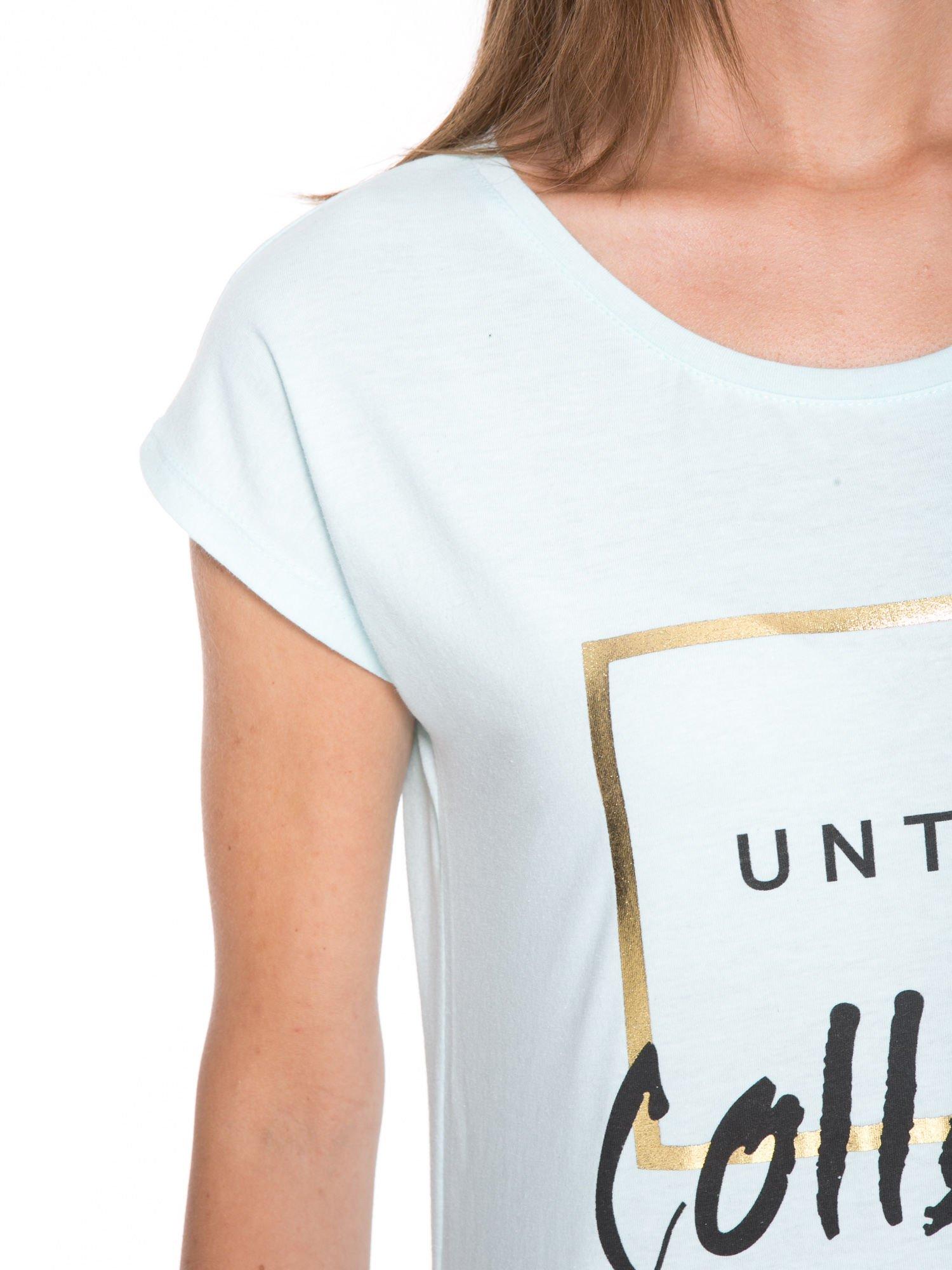 Jasnoniebieski t-shirt z nadrukiem UNTITLED COLLECTION                                  zdj.                                  7