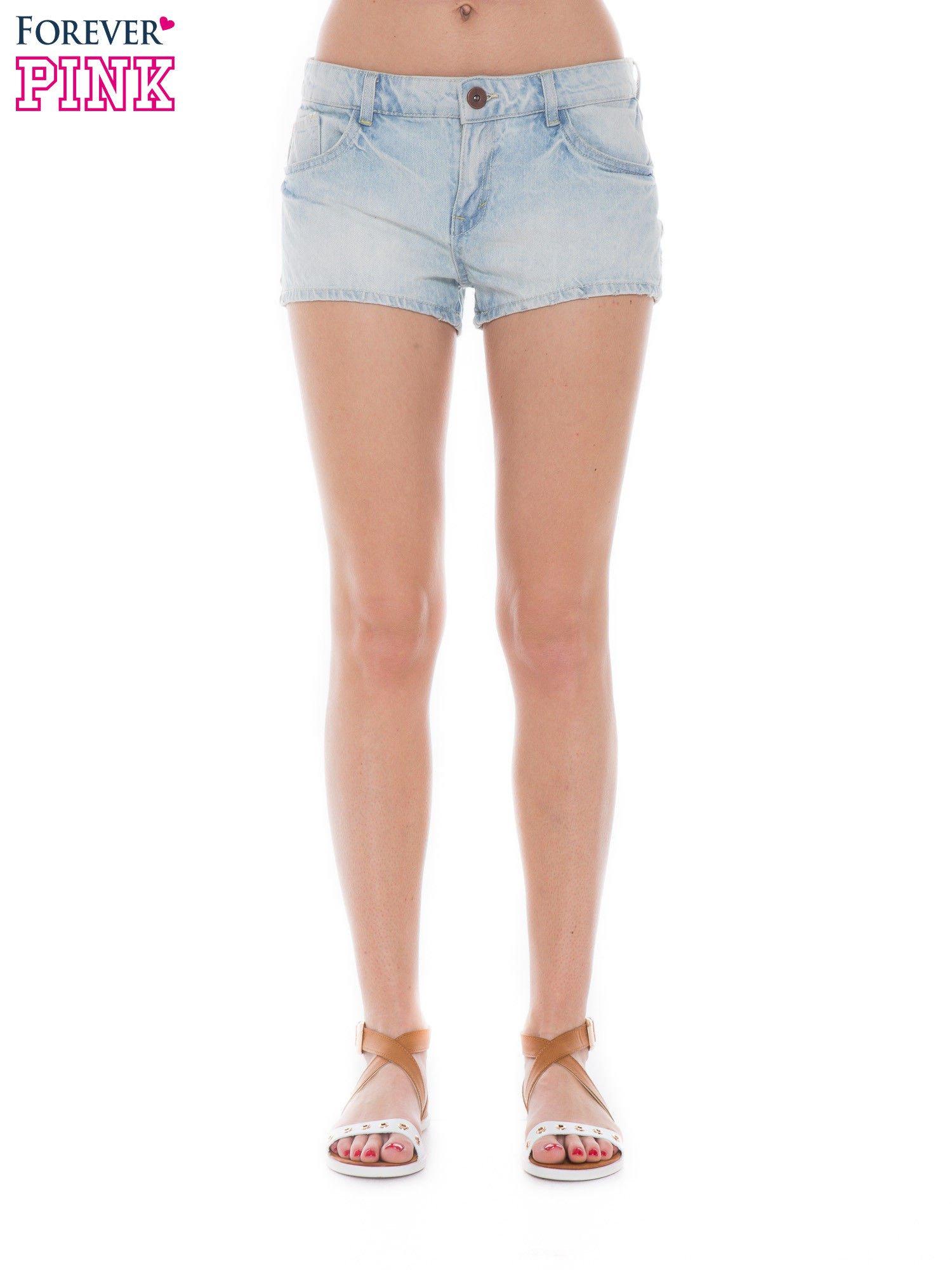 Jasnoniebieskie jeansowe szorty                                  zdj.                                  1