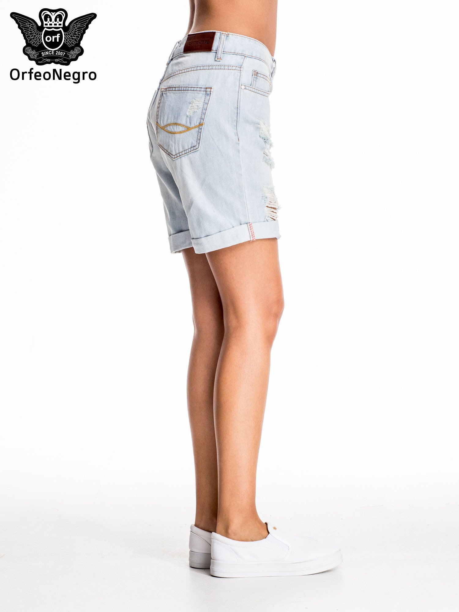 Jasnoniebieskie jeansowe szorty a'la bermudy                                  zdj.                                  3