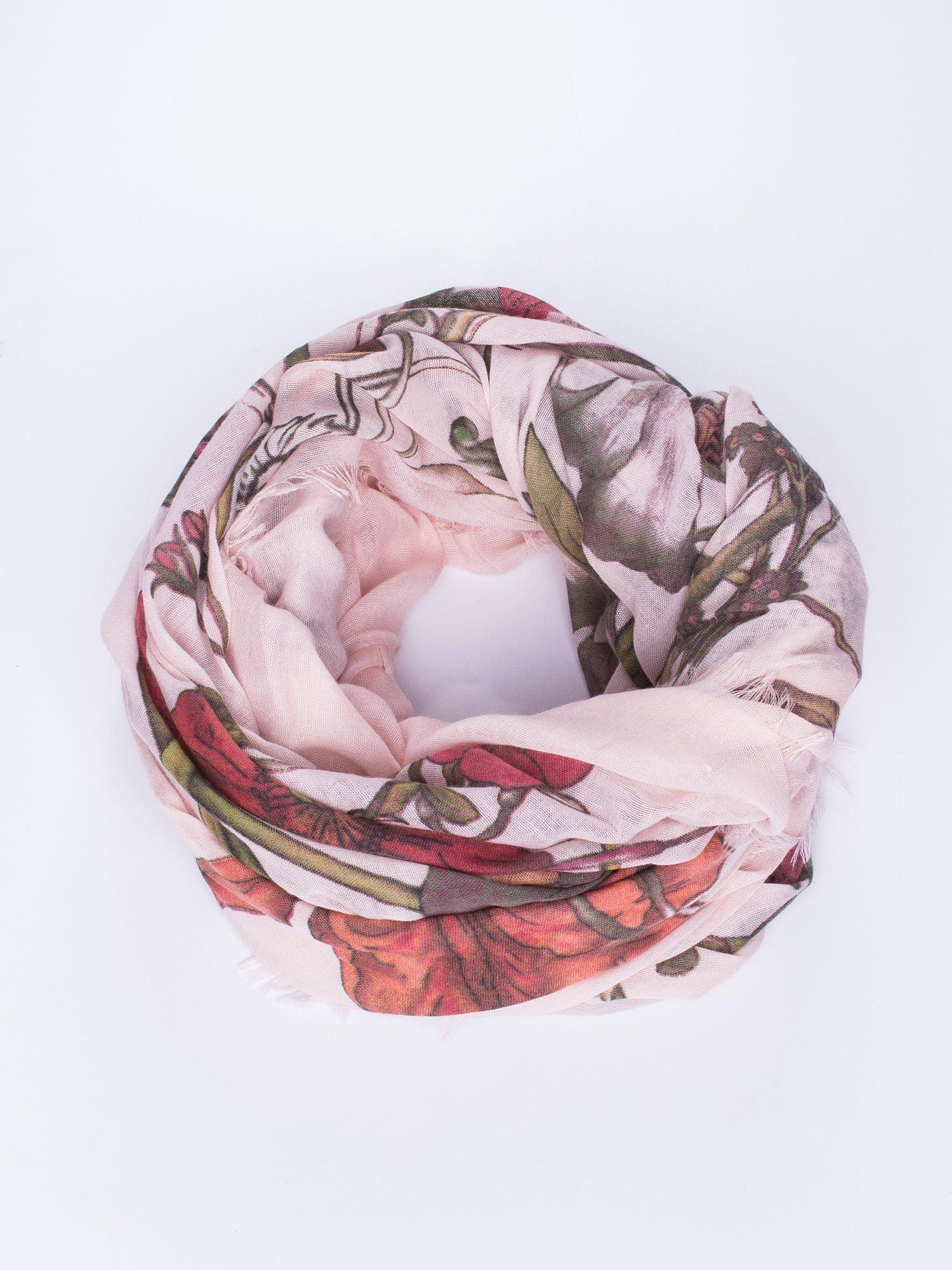 Jasnoróżowa chusta damska w roślinny ornament                                  zdj.                                  1