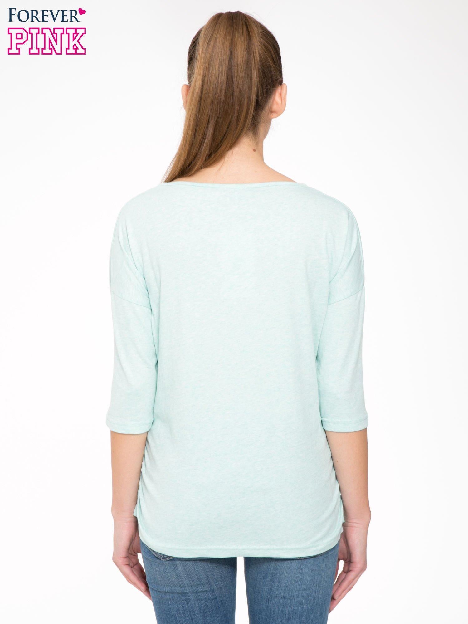 Jasnozielona luźna bluzka z rękawem 3/4                                  zdj.                                  4