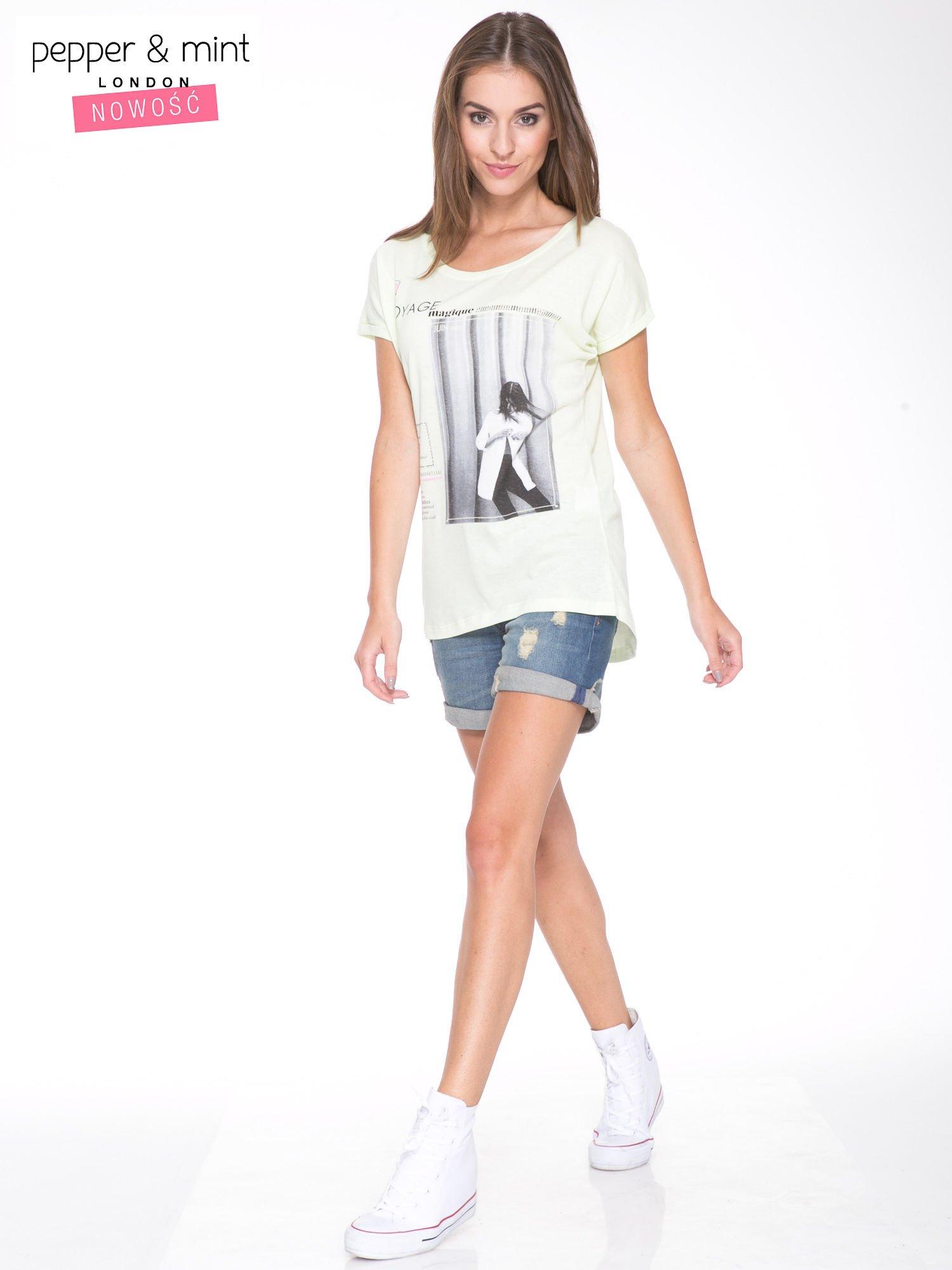 Jasnozielony  t-shirt z nadrukiem fashion                                  zdj.                                  5