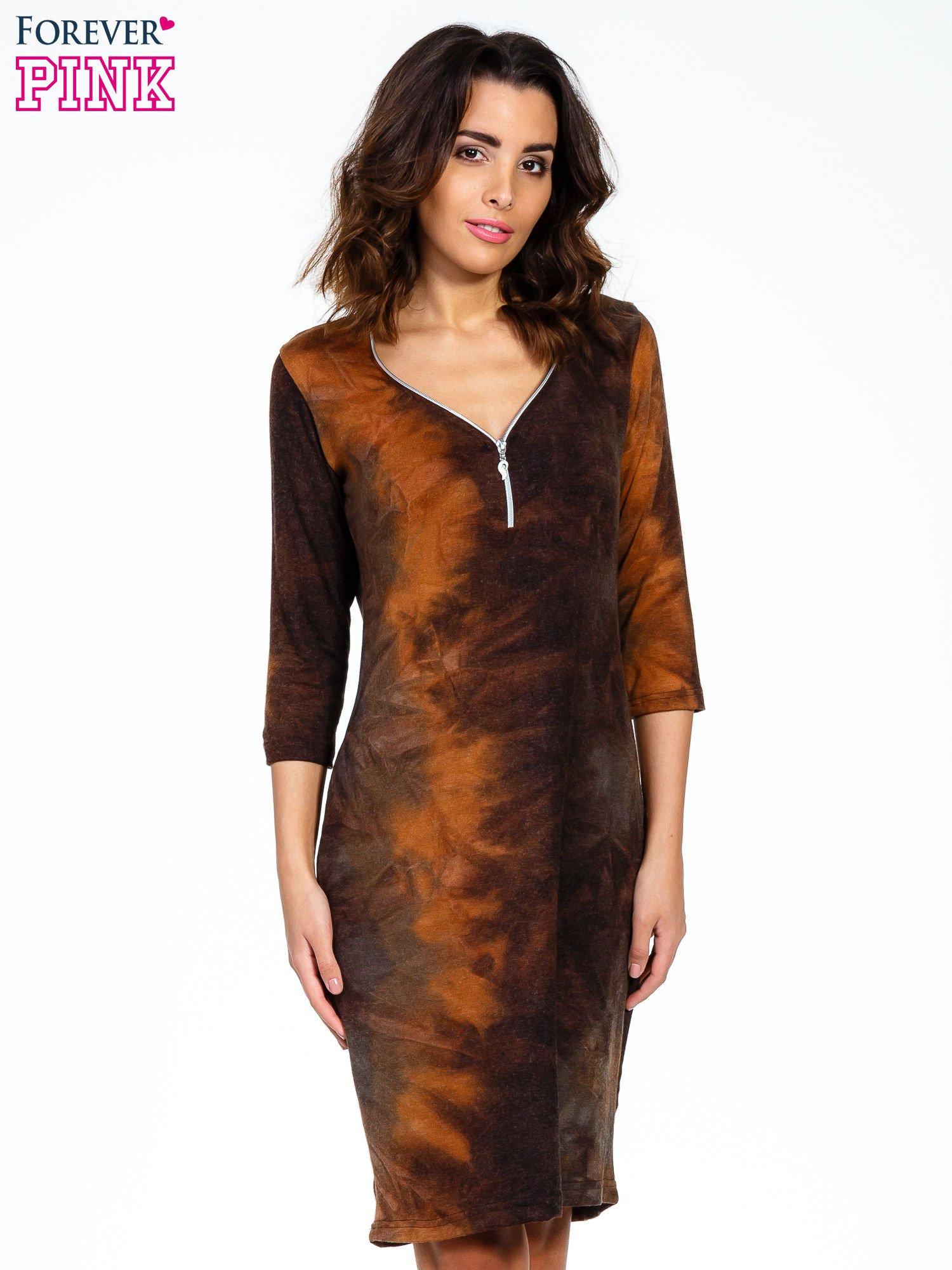 Kawowa sukienka z rękawem 3/4                                  zdj.                                  1