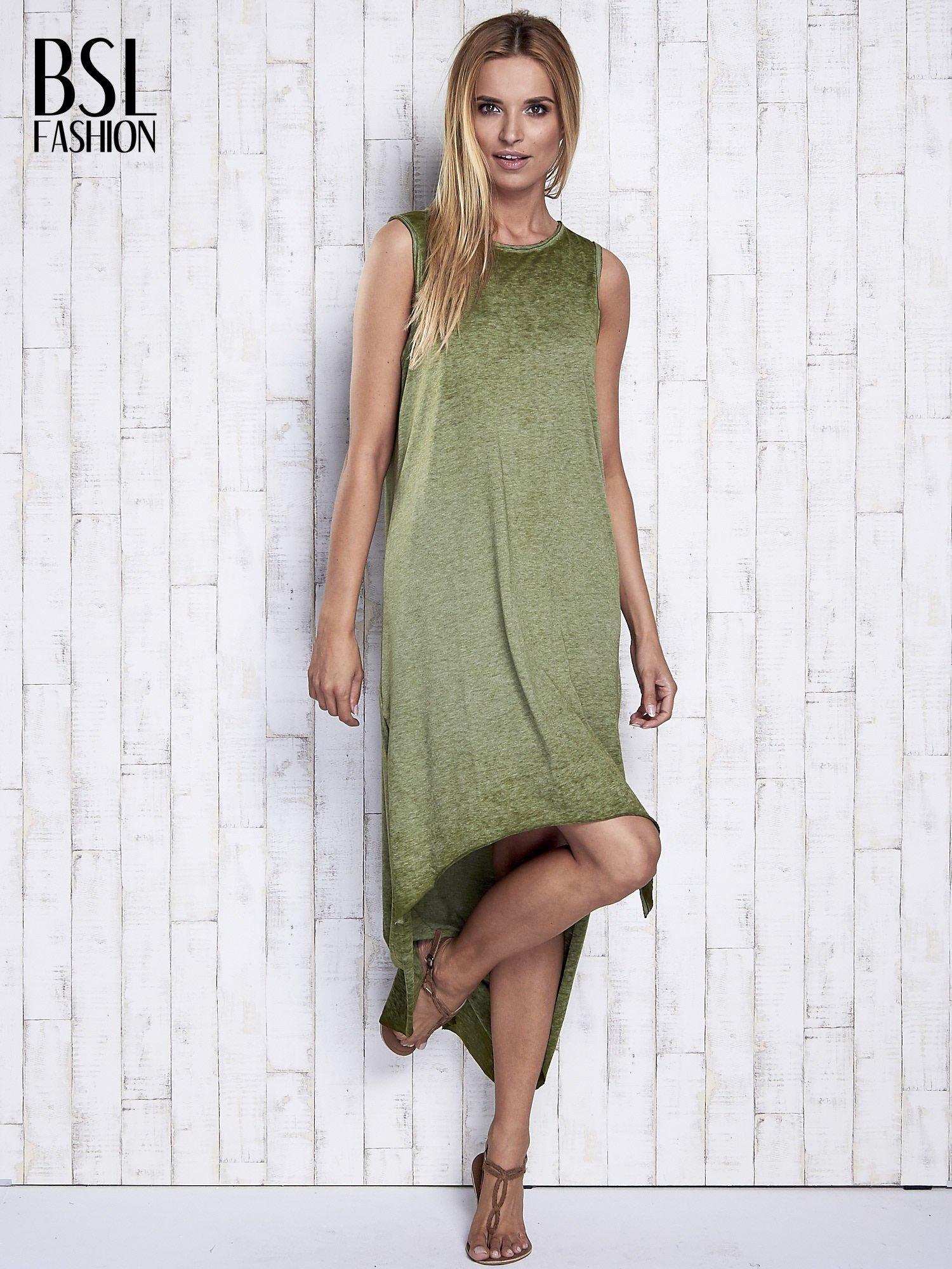 Khaki dekatyzowana sukienka maxi z dłuższym tyłem                                  zdj.                                  2