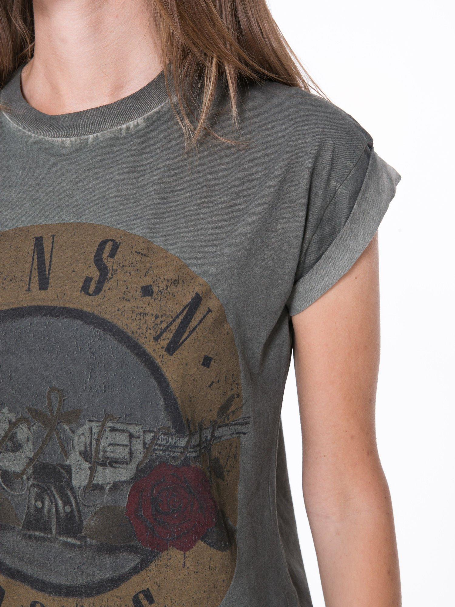 Khaki t-shirt z nadrukiem GUNS N' ROSES                                  zdj.                                  8