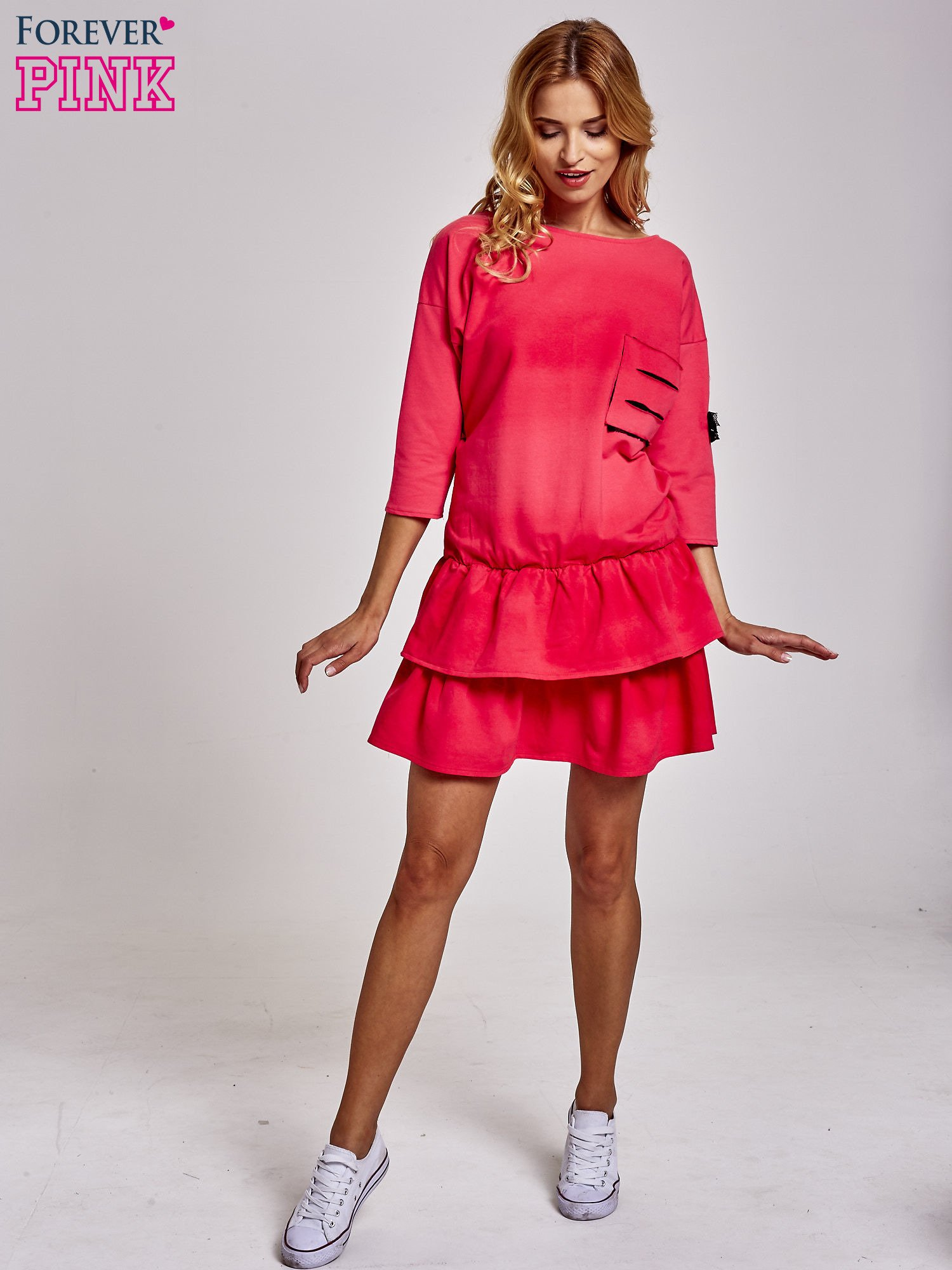 Koralowa sukienka dresowa ombre z podwójną falbaną                                  zdj.                                  2