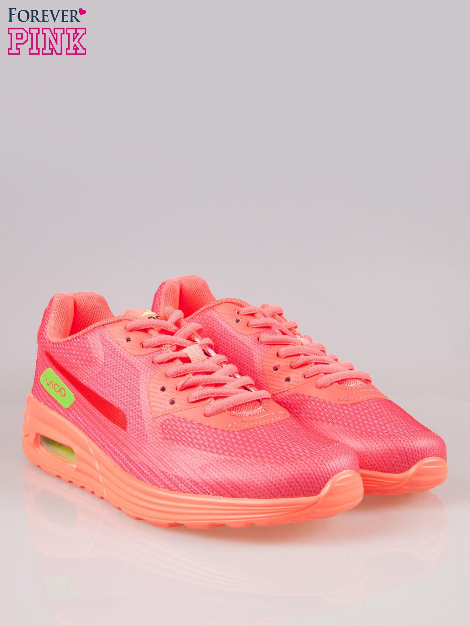 Koralowe miękkie buty sportowe z imitacją siateczki                                  zdj.                                  2