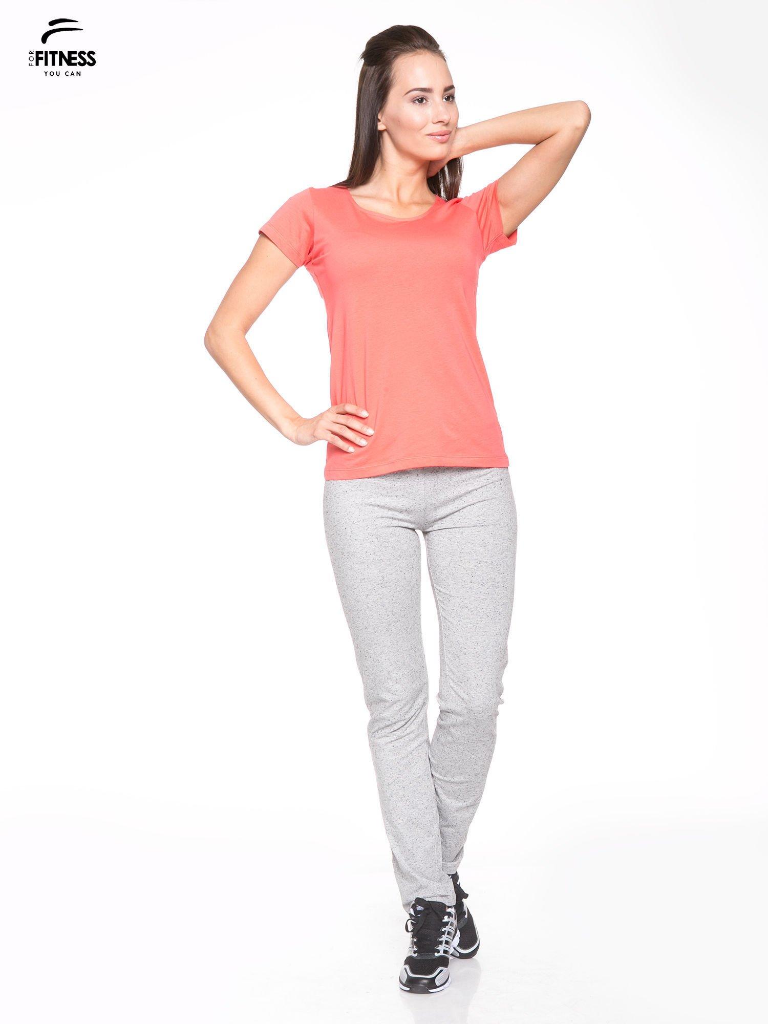 Koralowy bawełniany t-shirt damski typu basic                                  zdj.                                  5