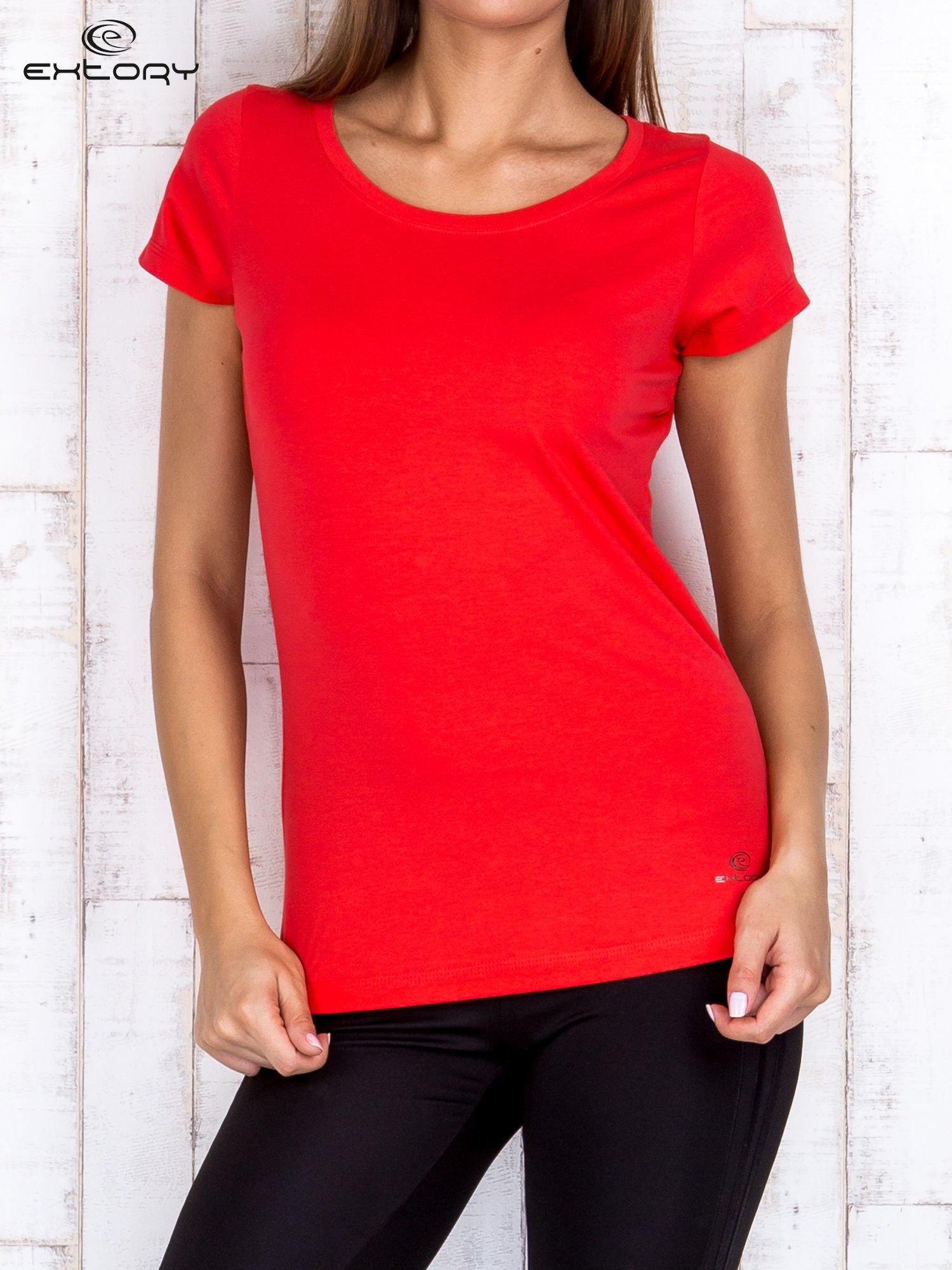 Koralowy damski t-shirt sportowy basic PLUS SIZE                                  zdj.                                  1