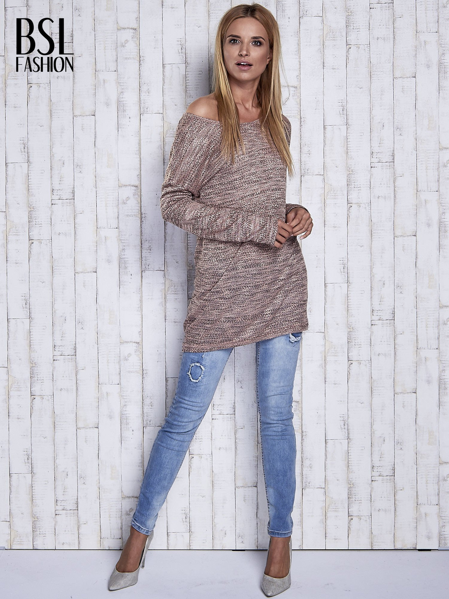 Koralowy melanżowy sweter z łezką na plecach                                  zdj.                                  2
