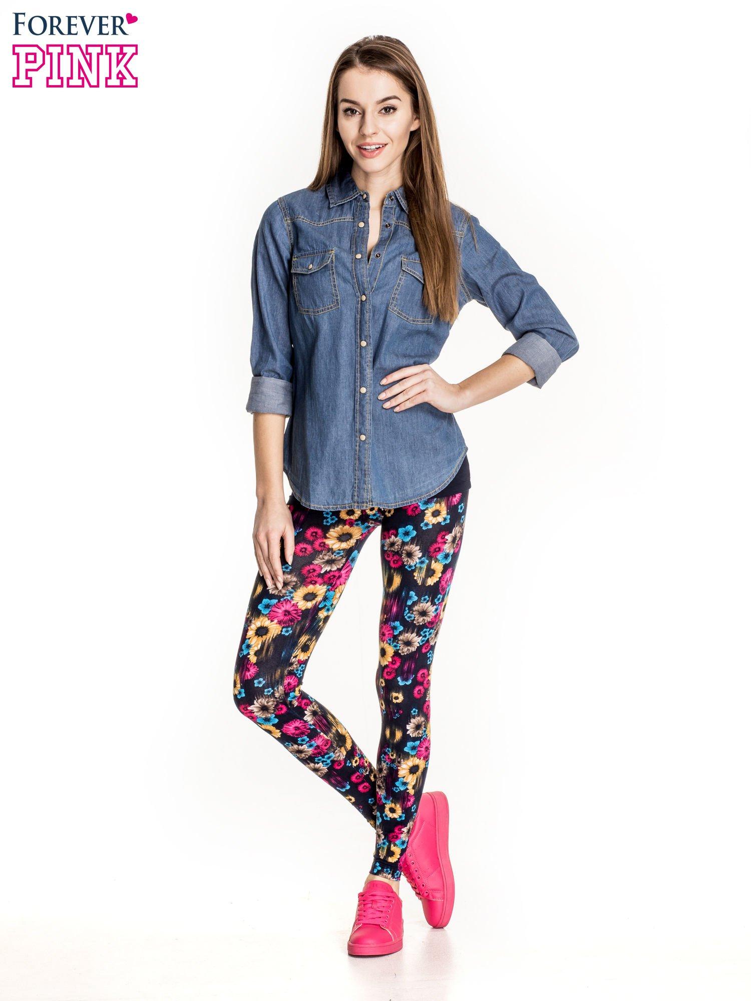 Kwiatowe legginsy w kolorze różowym                                  zdj.                                  2