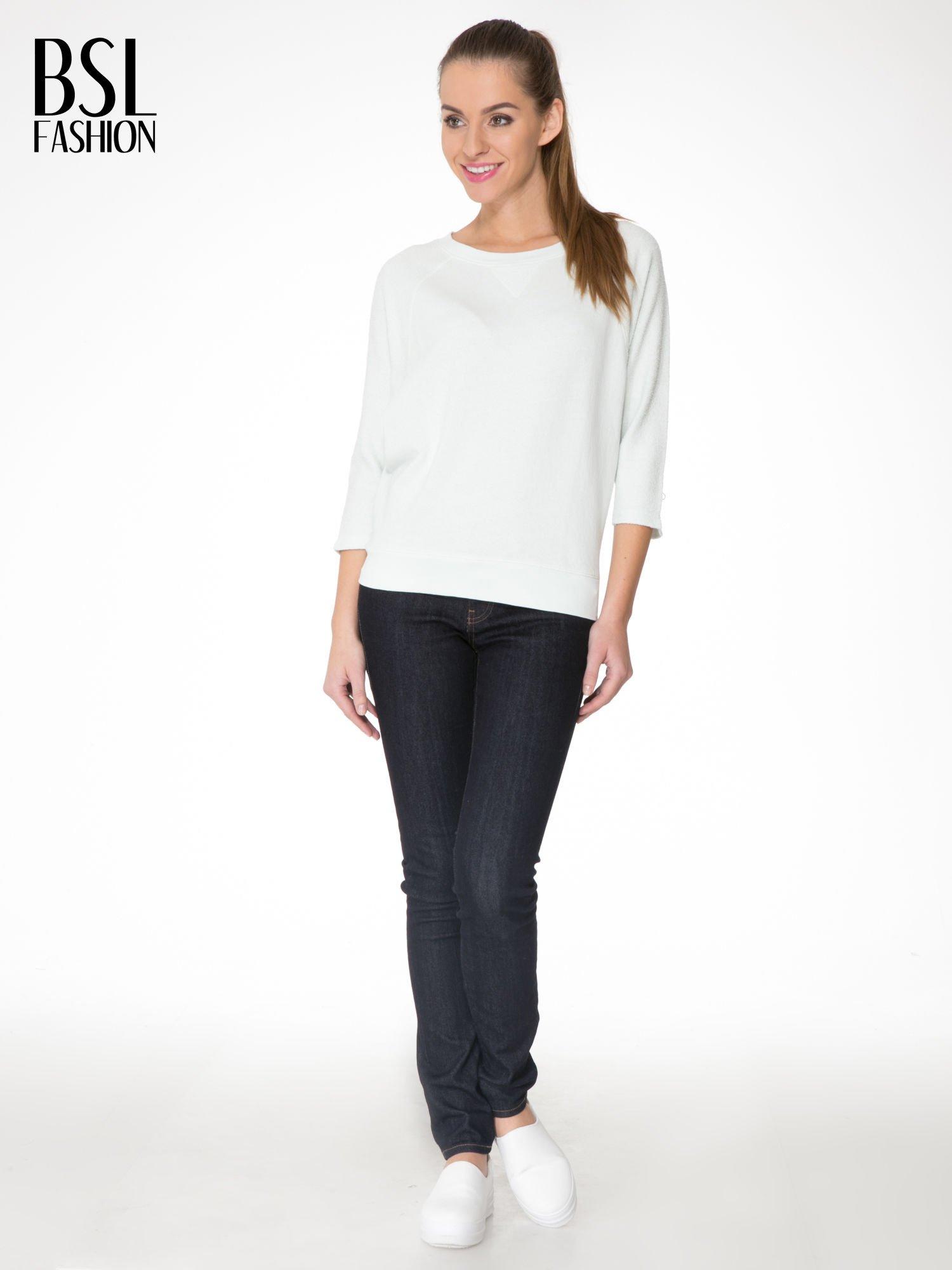 Miętowa bluza oversize z łączonych materiałów                                  zdj.                                  2