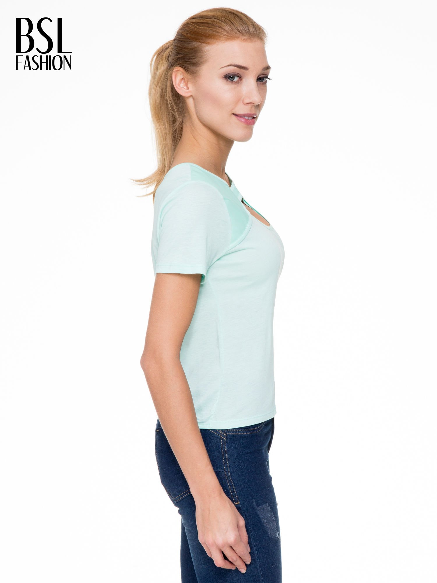 Miętowy t-shirt z dekoltem cut out                                  zdj.                                  3