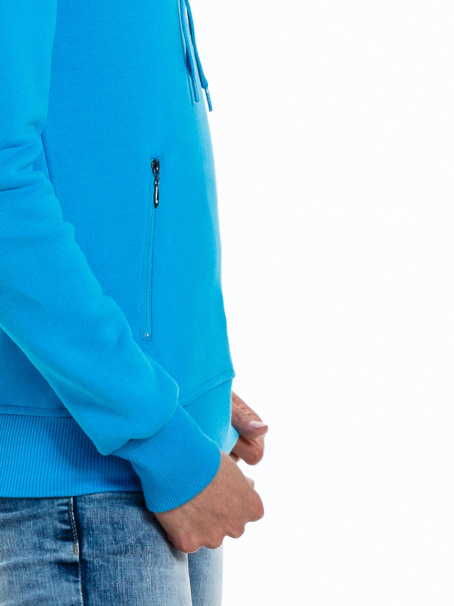 Niebieska bluza sportowa z kapturem i koronką                                  zdj.                                  8