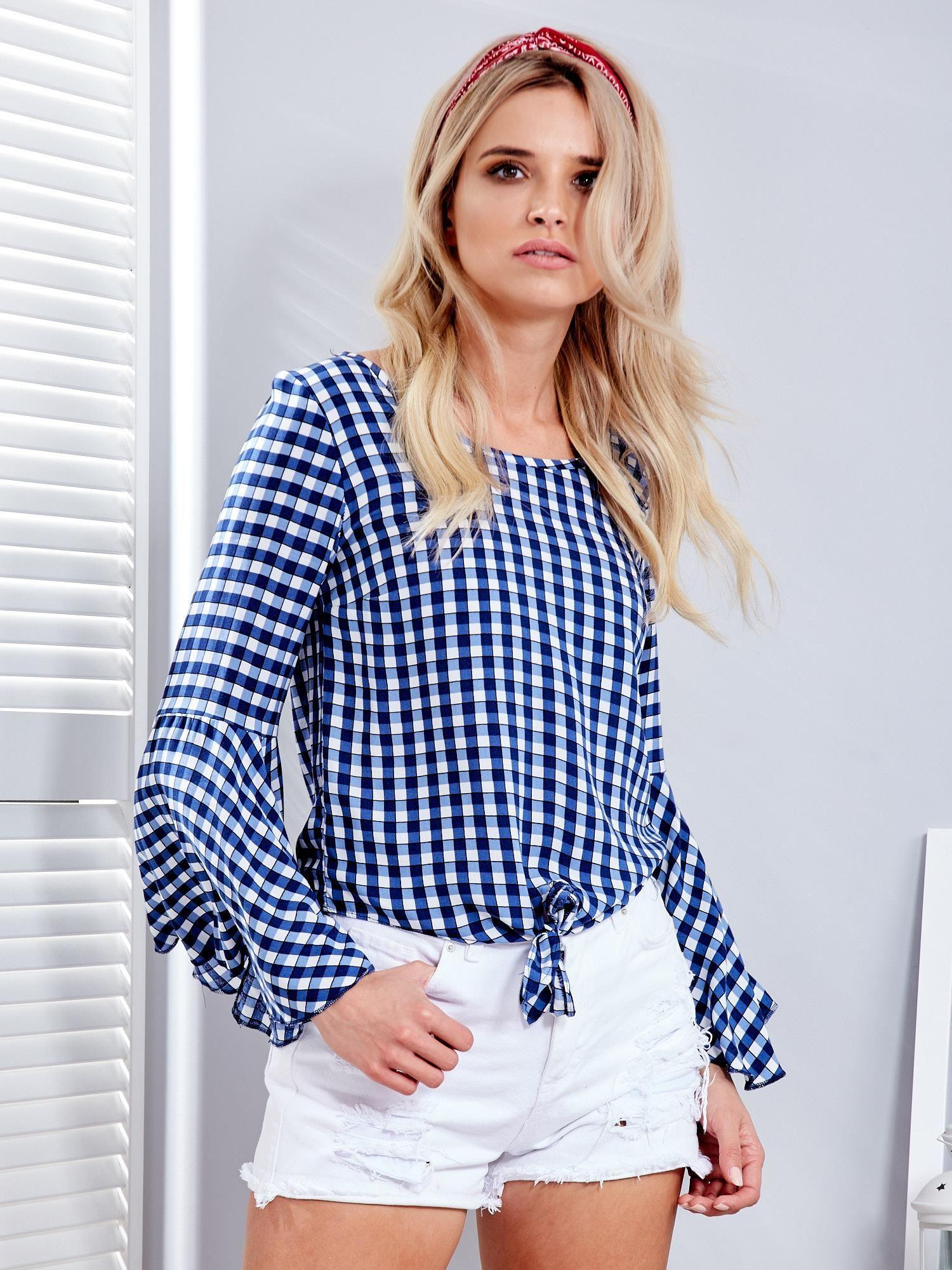 Groovy Niebieska bluzka w kratkę z wiązaniem na dole - Bluzka na co dzień UO19