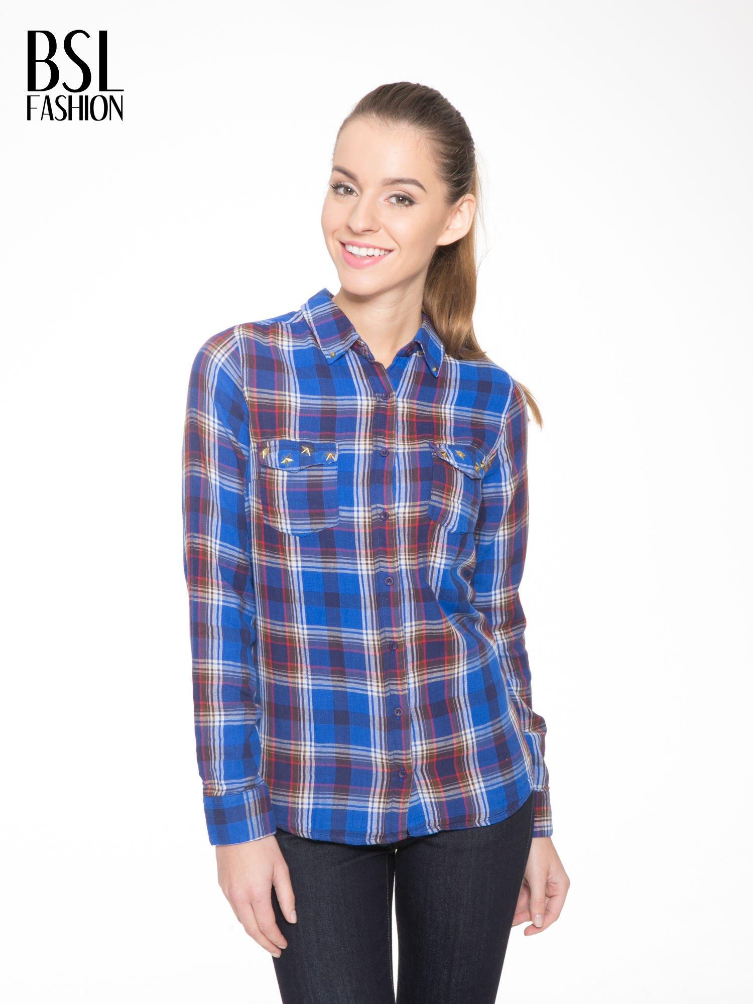 Niebieska koszula w kratę z gwiazdkami przy kieszonkach                                  zdj.                                  1