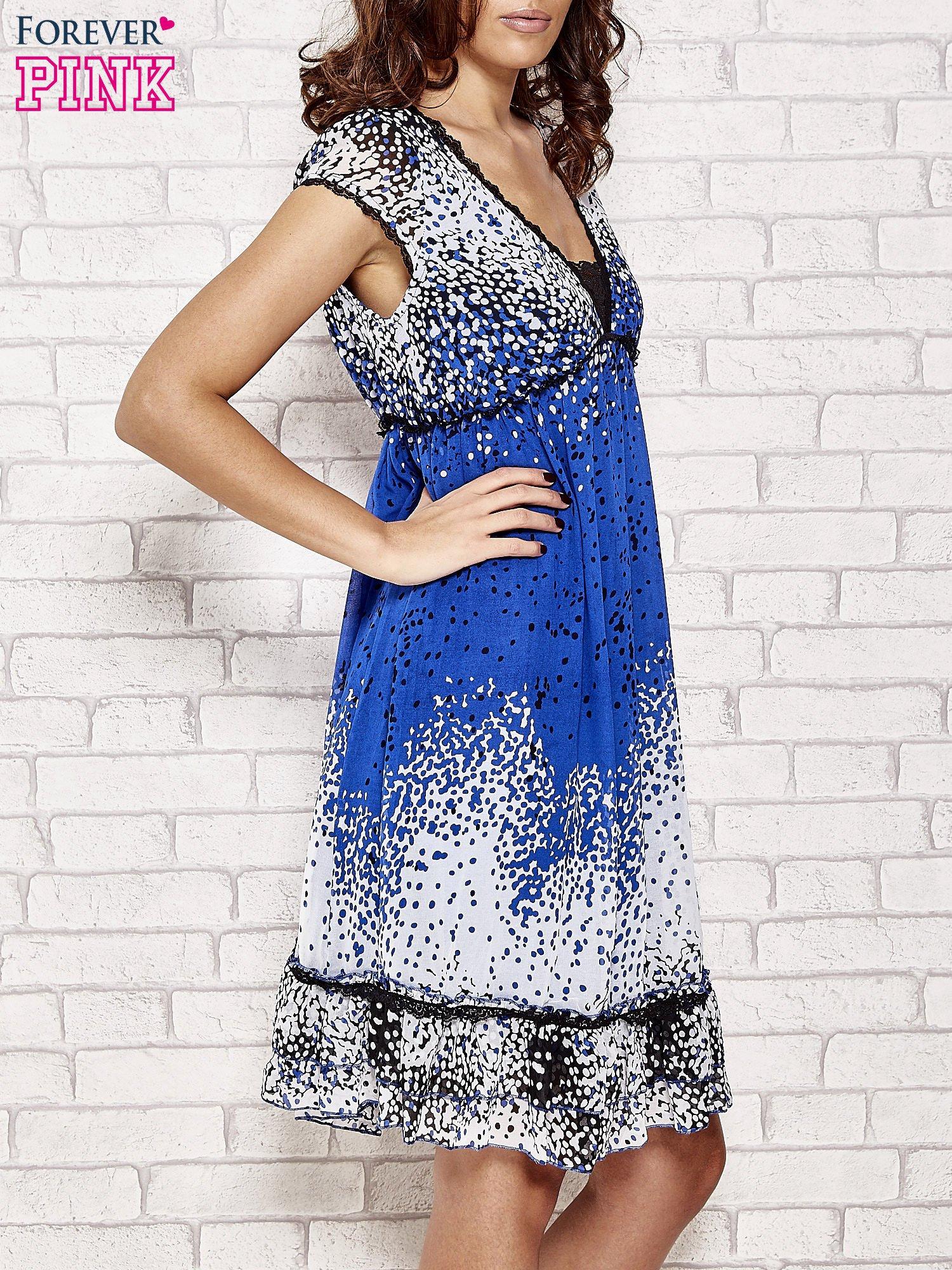 Niebieska sukienka baby doll w ciapki                                  zdj.                                  3