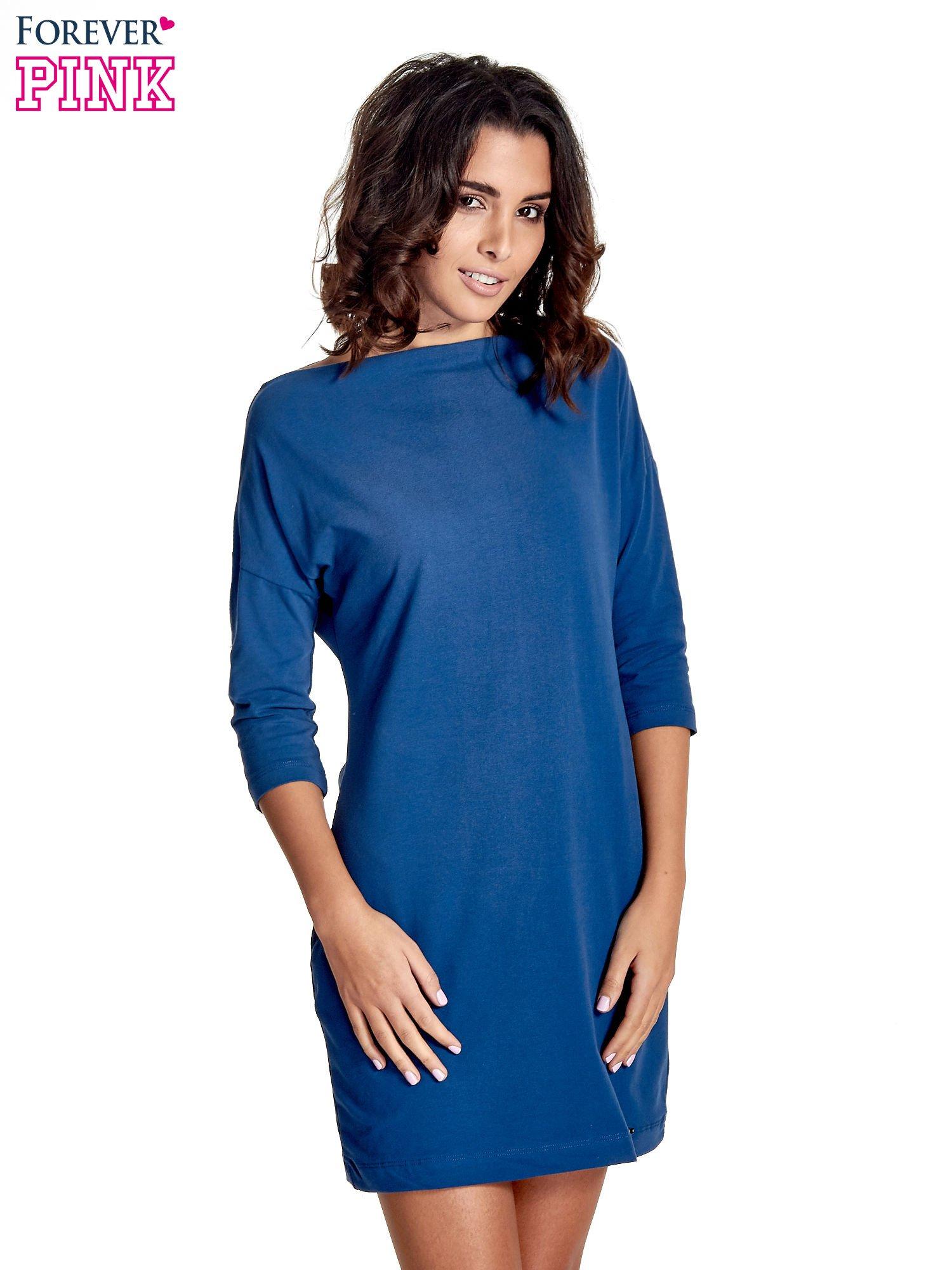 Niebieska sukienka z dekoltem w łódkę                                  zdj.                                  1
