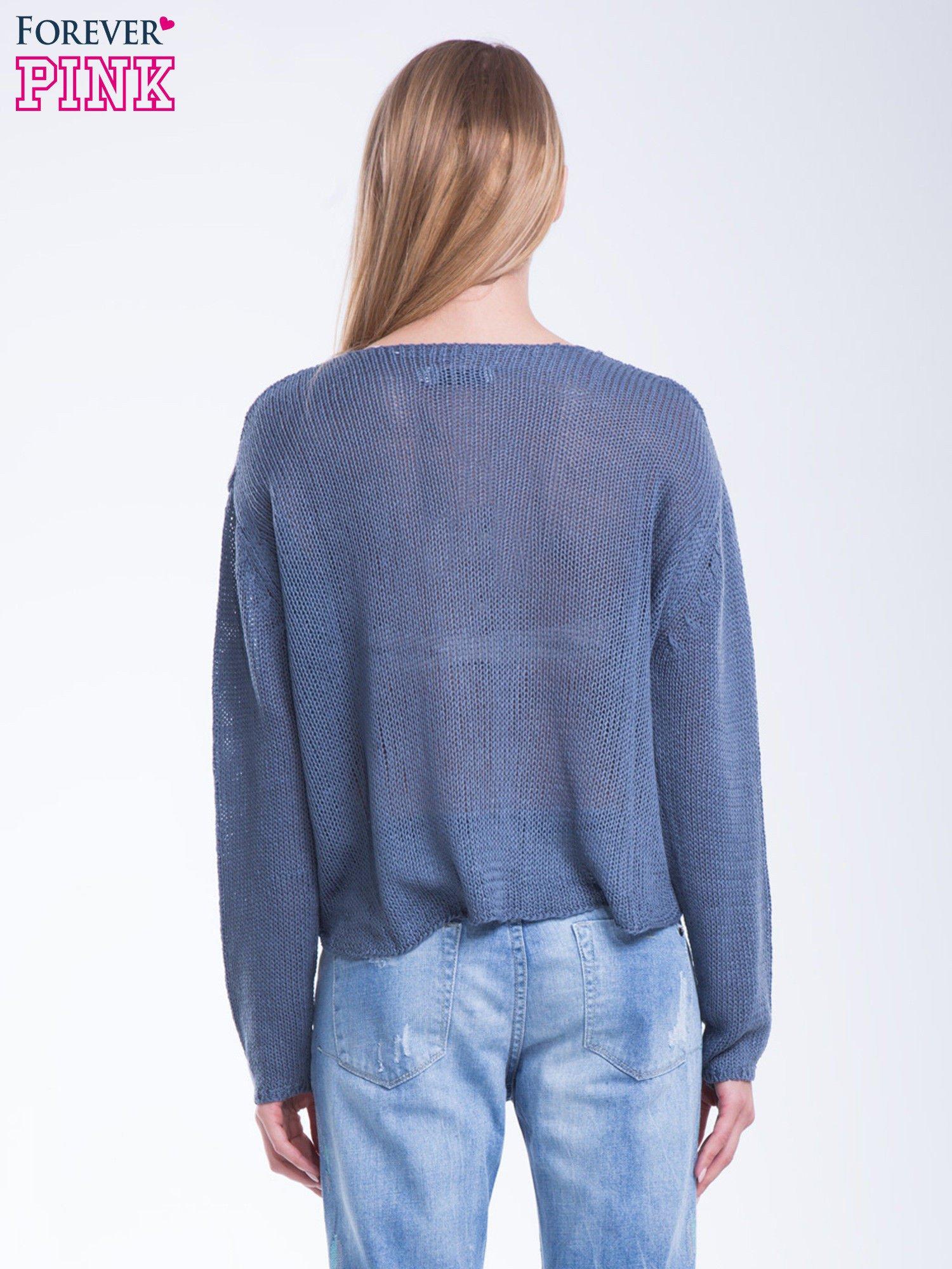 Niebieski siatkowy sweter typu crop top                                  zdj.                                  4