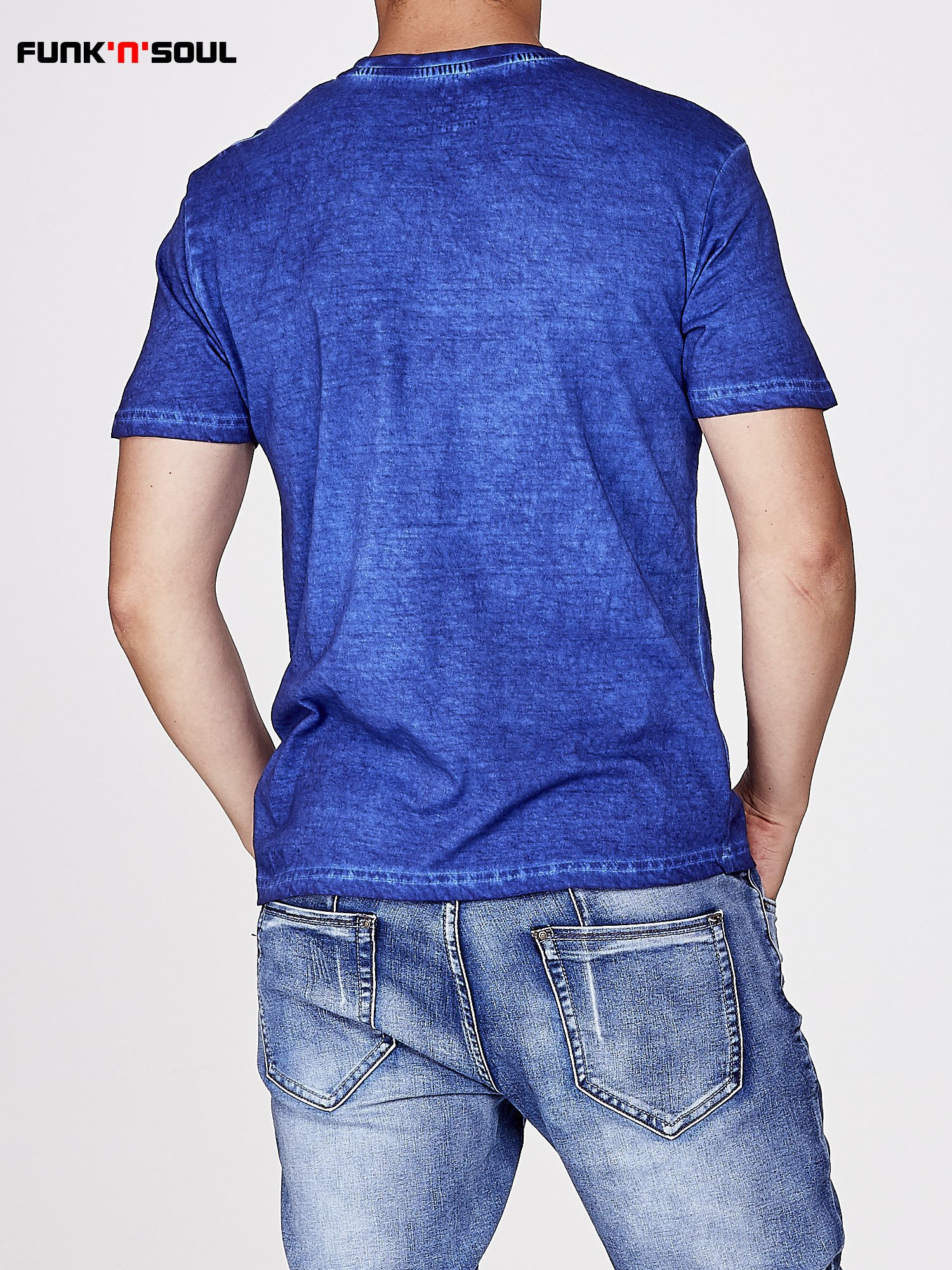 Niebieski t-shirt męski z efektem dekatyzowania Funk n Soul                                  zdj.                                  3