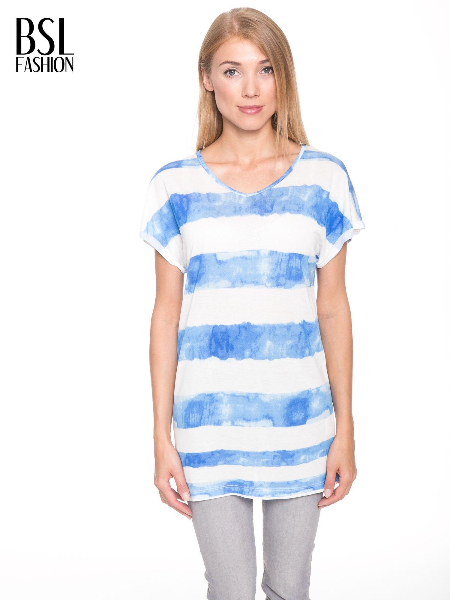 Niebieski t-shirt w paski tie-dye                                  zdj.                                  1