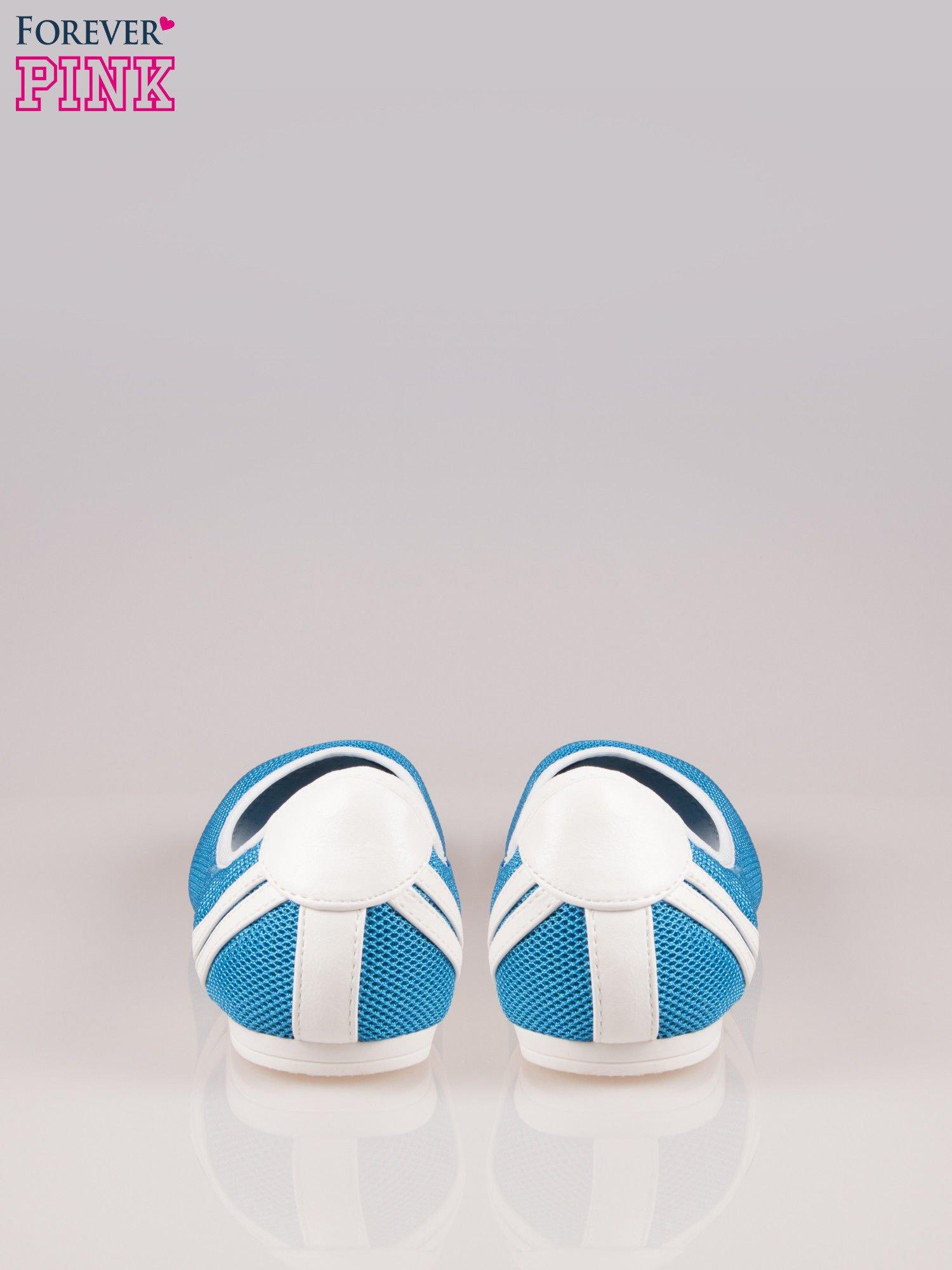 Niebieskie baleriny Nicki z paskami w sportowym stylu                                  zdj.                                  3