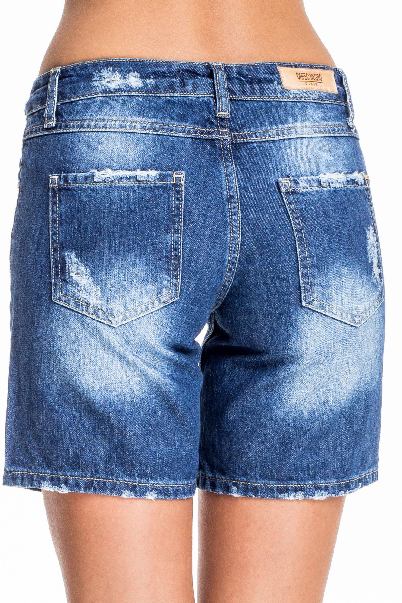 Niebieskie jeansowe szorty z przecieraną nogawką                                  zdj.                                  2