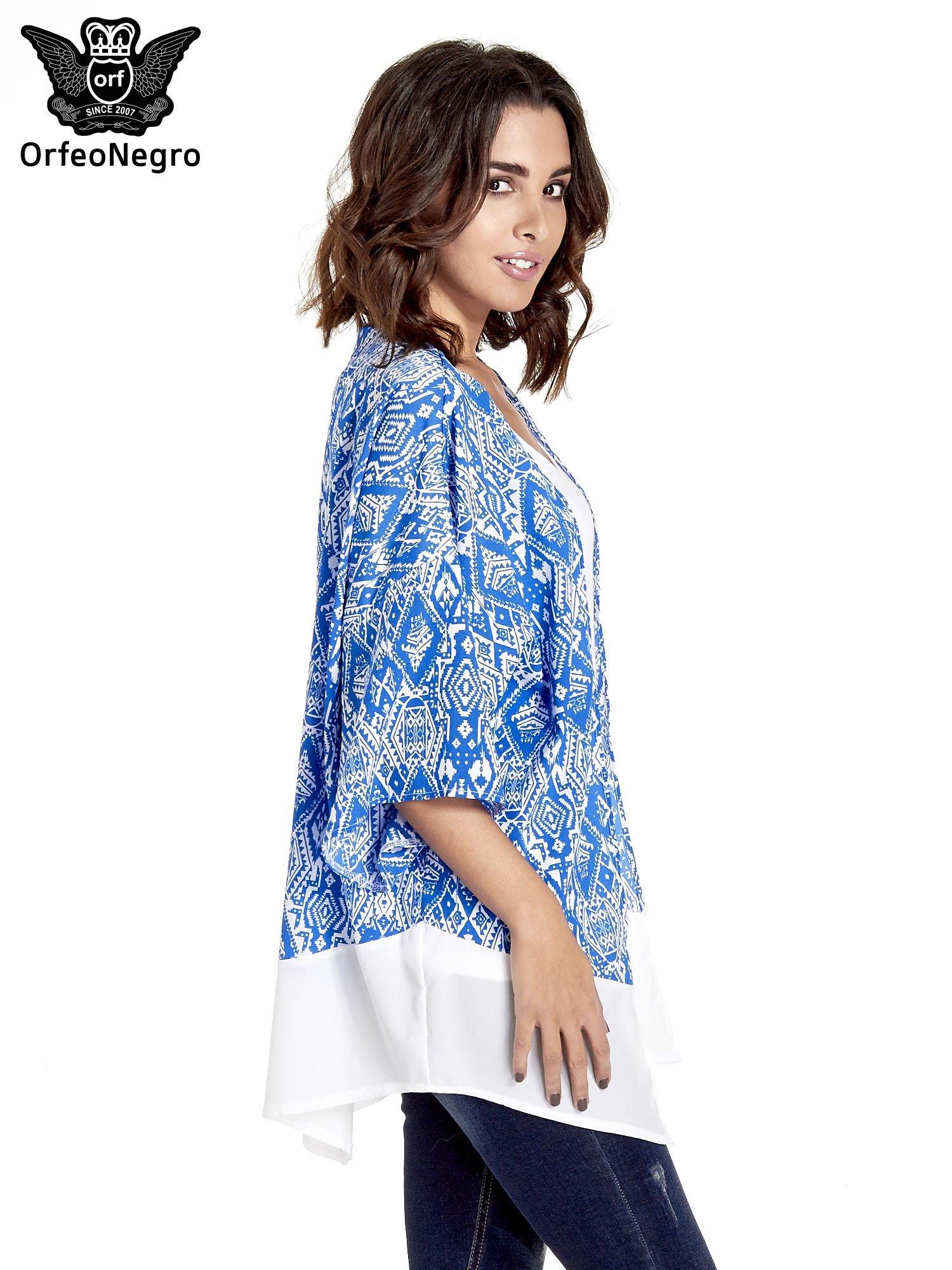 Niebieskie kimono w etniczne wzory z modułem na dole                                  zdj.                                  3