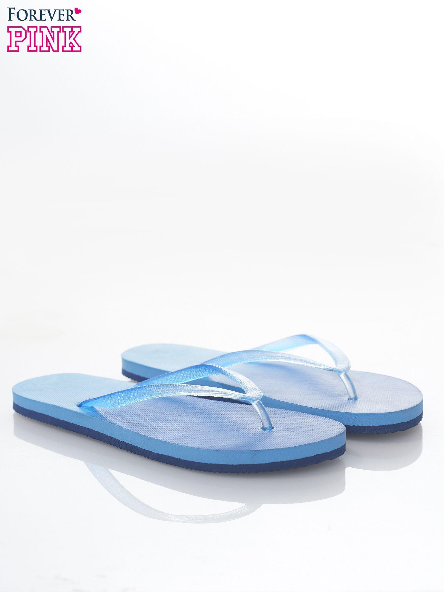Niebieskie plażowe japonki damskie z błyszczącymi paskami                                  zdj.                                  2