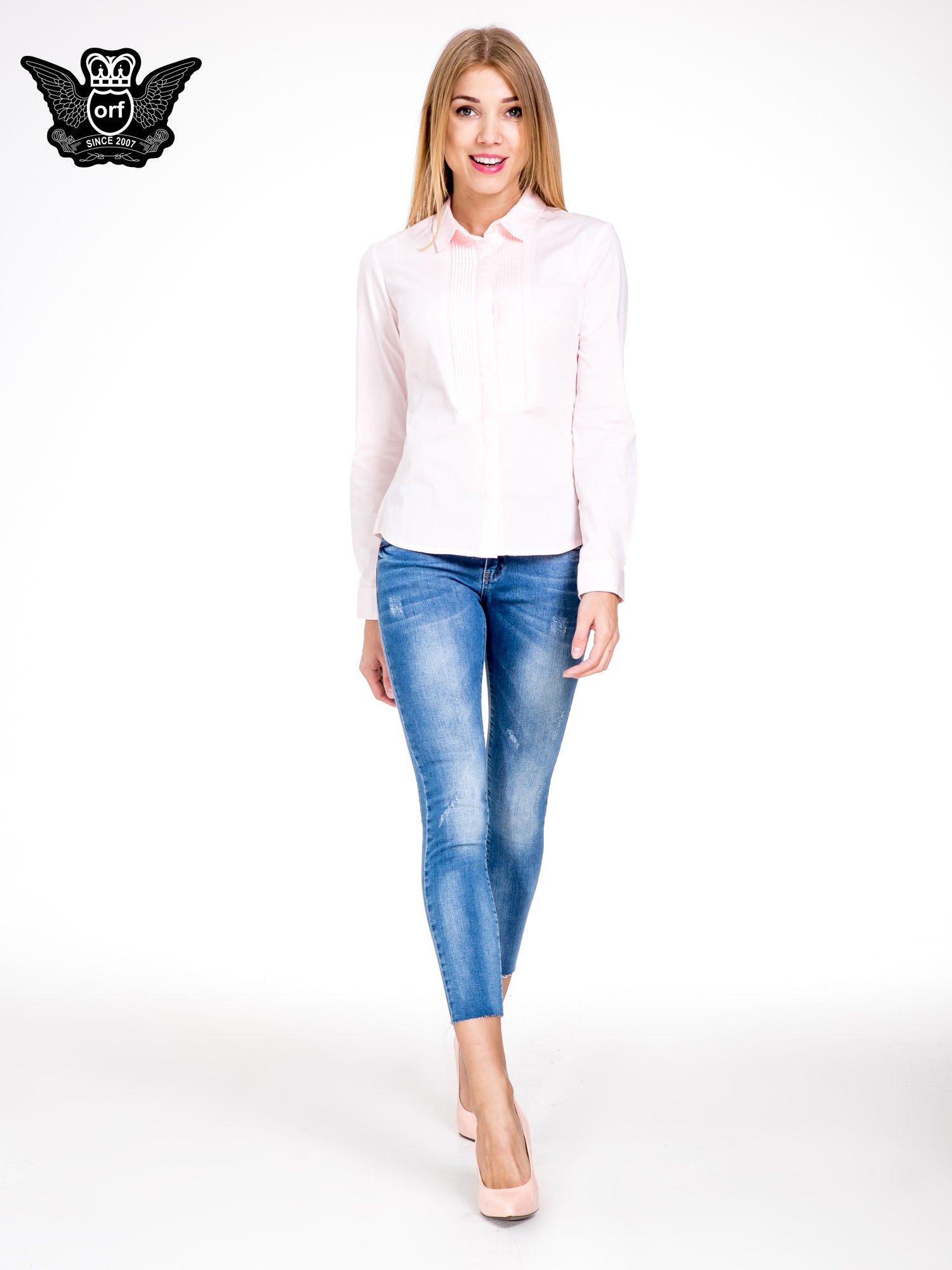 Niebieskie spodnie skinny jeans z cieniowaniem i ciętą nogawką                                  zdj.                                  4