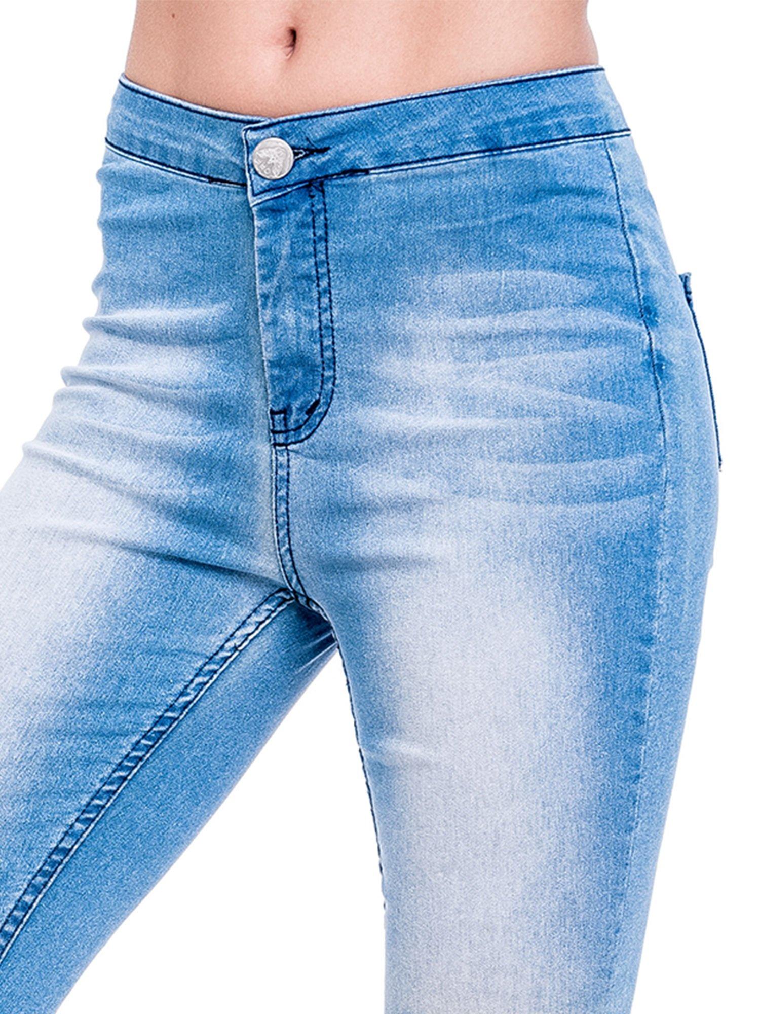Niebieskie spodnie skinny jeans z wysokim stanem                                  zdj.                                  5
