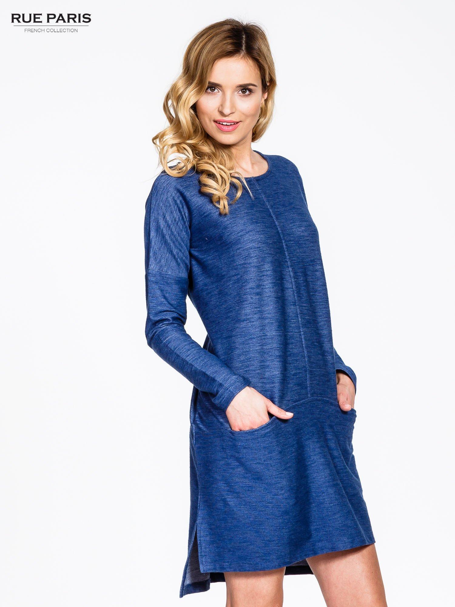 Niebieskie sukienka oversize z materiału a'la denim                                  zdj.                                  3