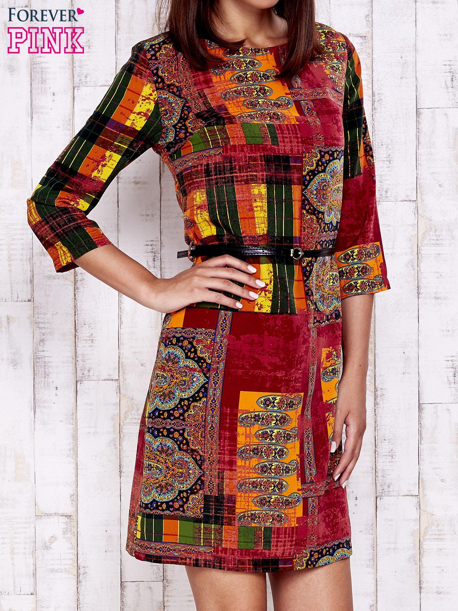 ab1f7171 Pomarańczowa sukienka w kolorowe etniczne wzory
