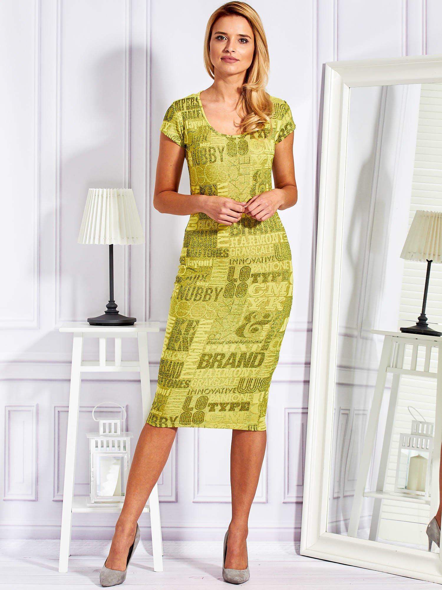 f4a0742dba Prosta sukienka midi w napisy limonkowa - Sukienka dopasowana ...