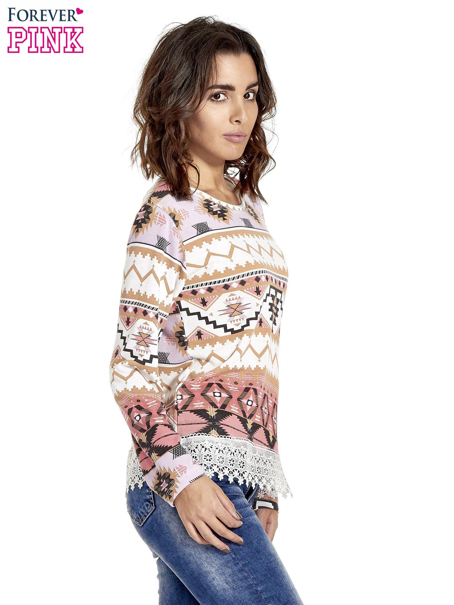 Różowa bluza w azteckie wzory z koronką                                  zdj.                                  3