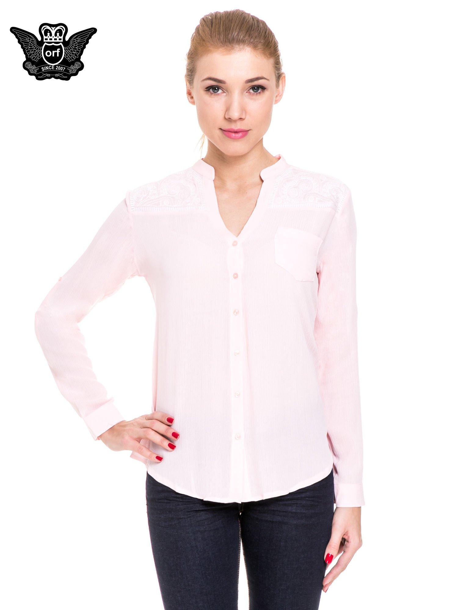 Różowa koszula damska z haftem na ramionach                                  zdj.                                  1