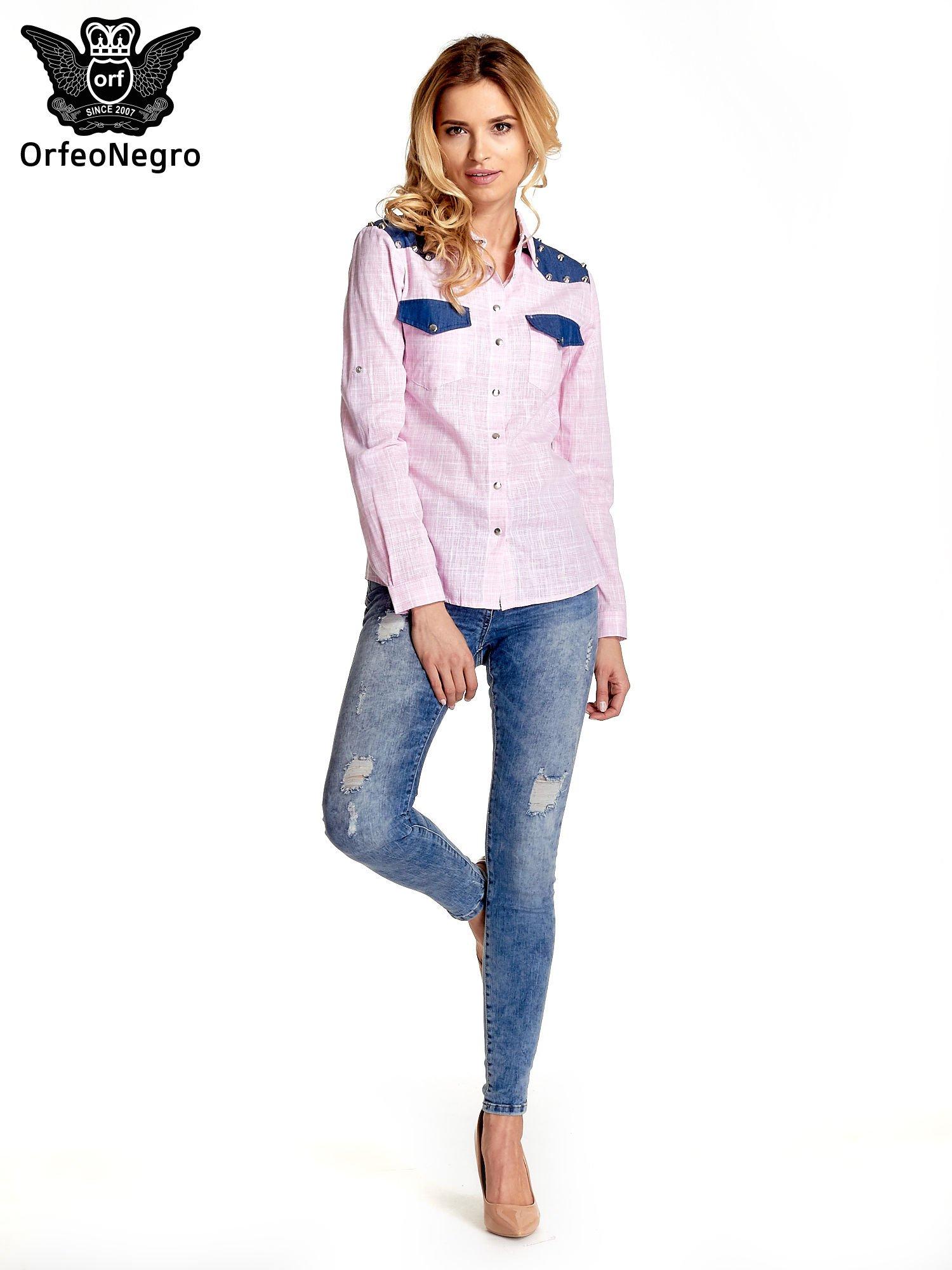 Różowa koszula w kratę ze wstawkami na ramionach i patkami z denimu                                  zdj.                                  9