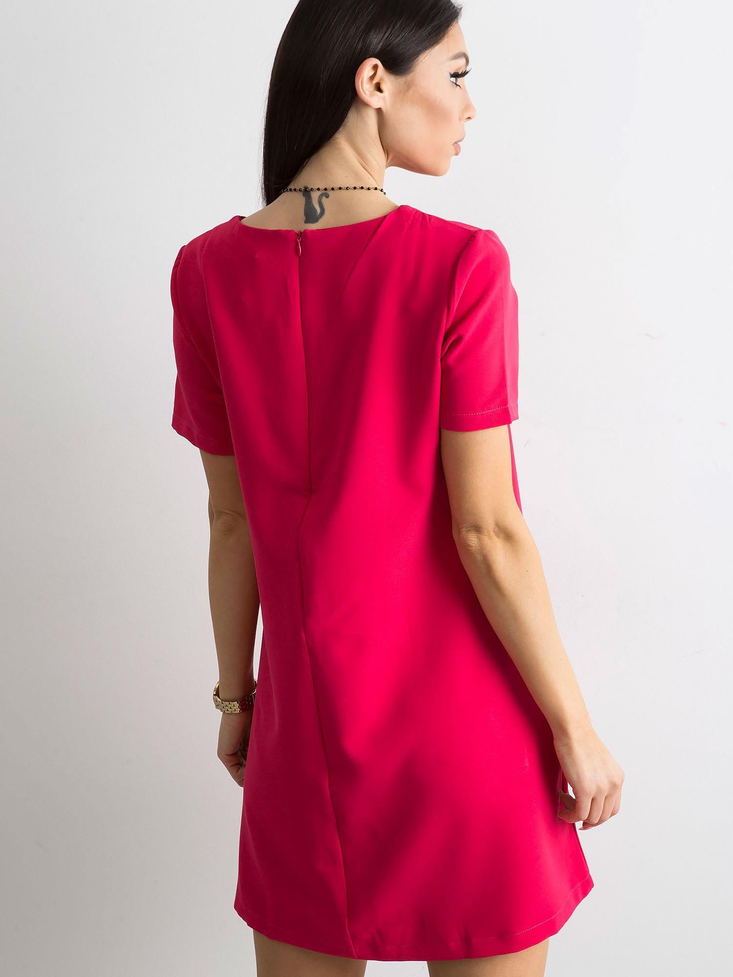 5c7c387731 Różowa sukienka damska z kieszeniami - Sukienka koktajlowa - sklep ...