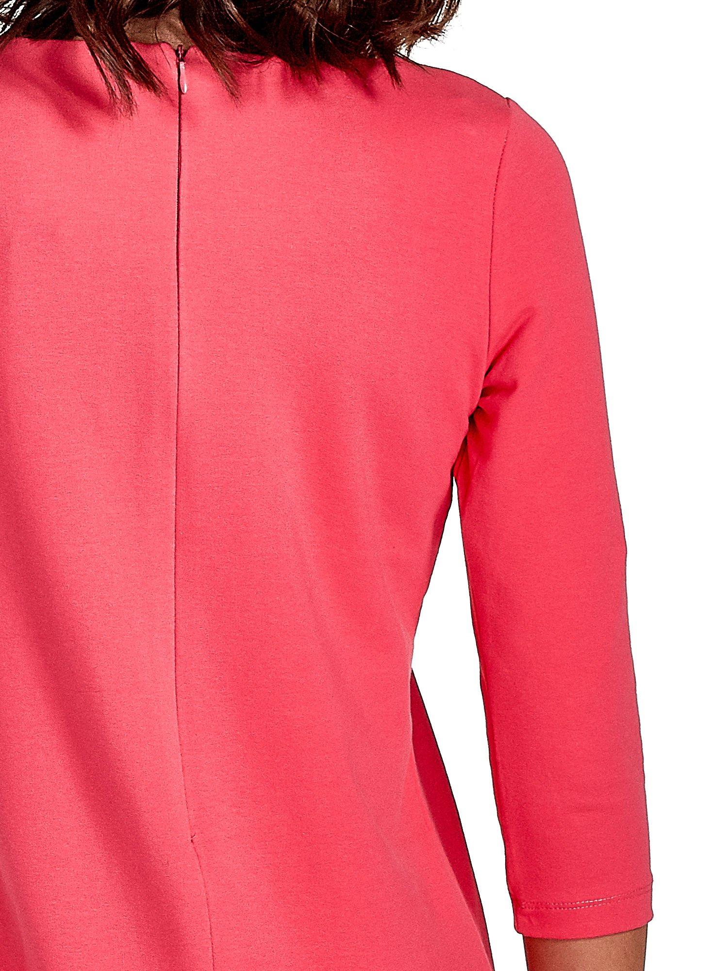 Różowa sukienka ze złotymi suwakami                                  zdj.                                  6