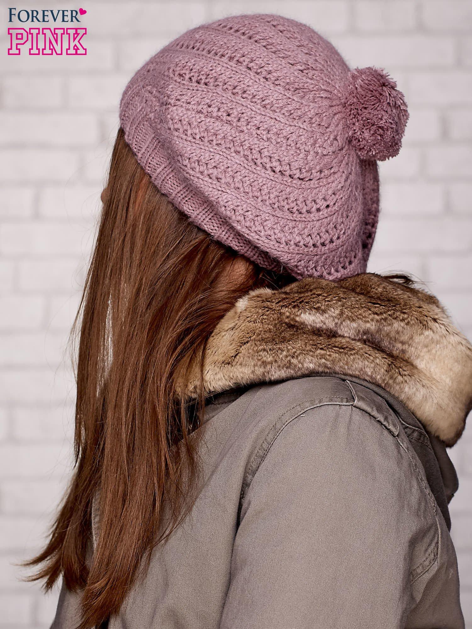 Różowa wełniana czapka z pomponem                                  zdj.                                  2