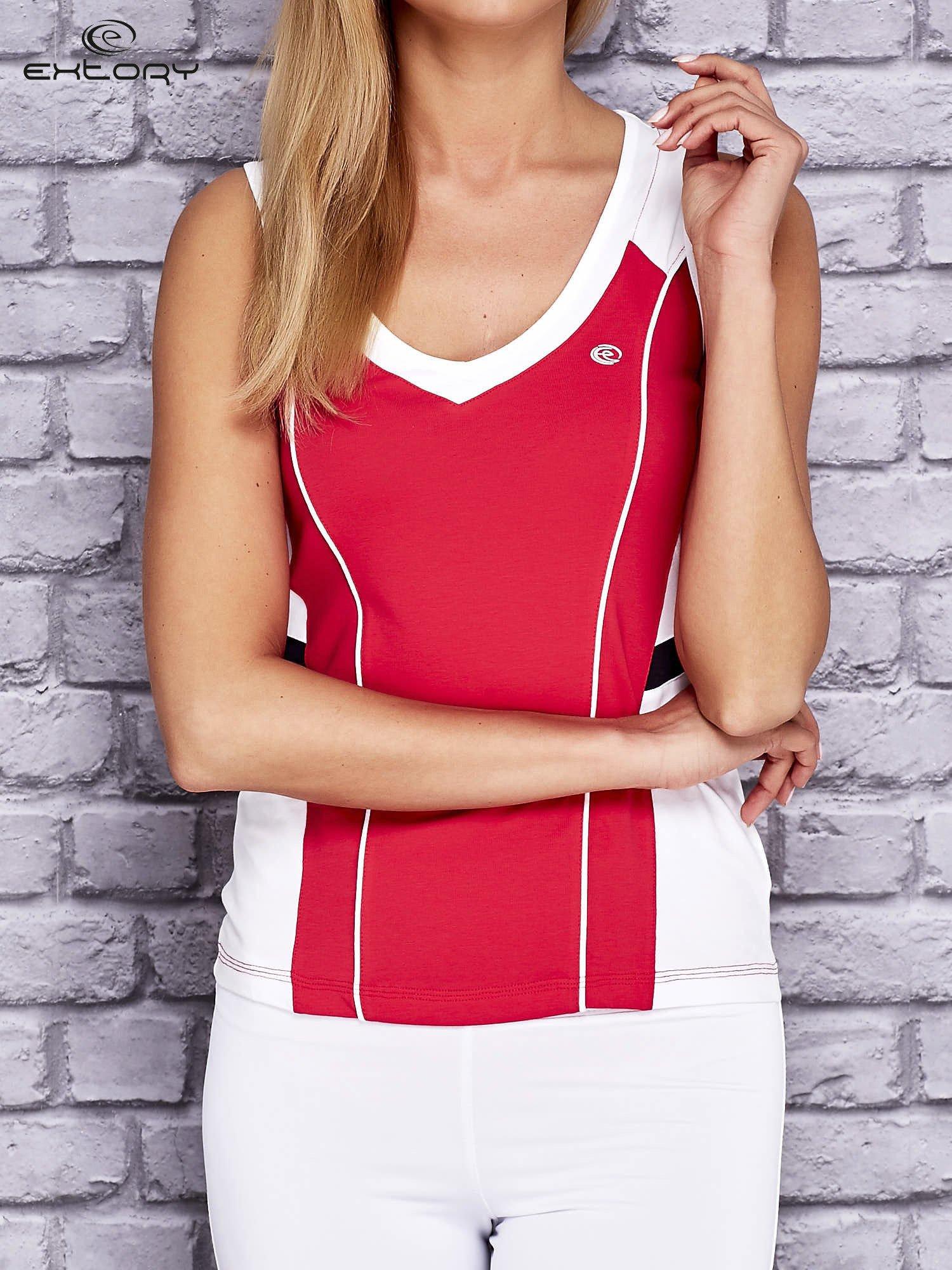 Różowo-biały damski top sportowy z nadrukiem na plecach                                  zdj.                                  1