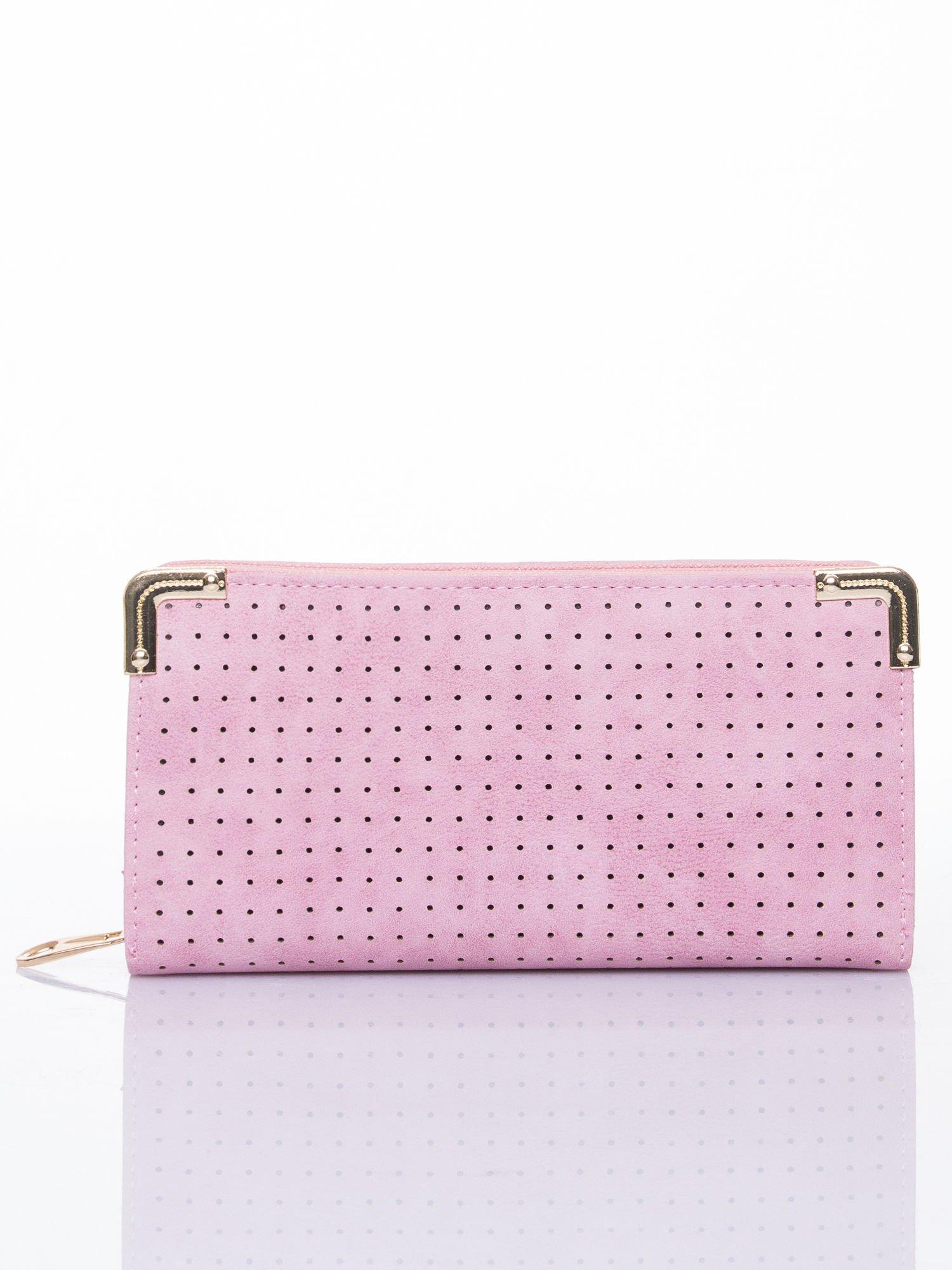 26708db665969 Różowy ażurowany portfel ze złotymi okuciami - Akcesoria portfele ...