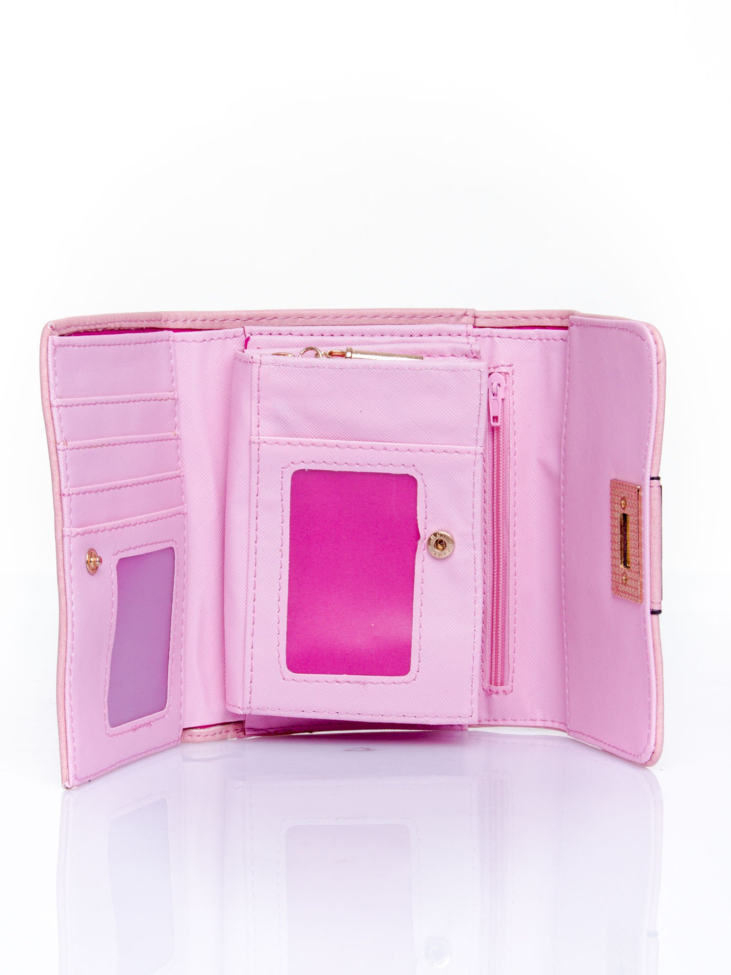 Różowy portfel z ozdobnym zapięciem                                  zdj.                                  4