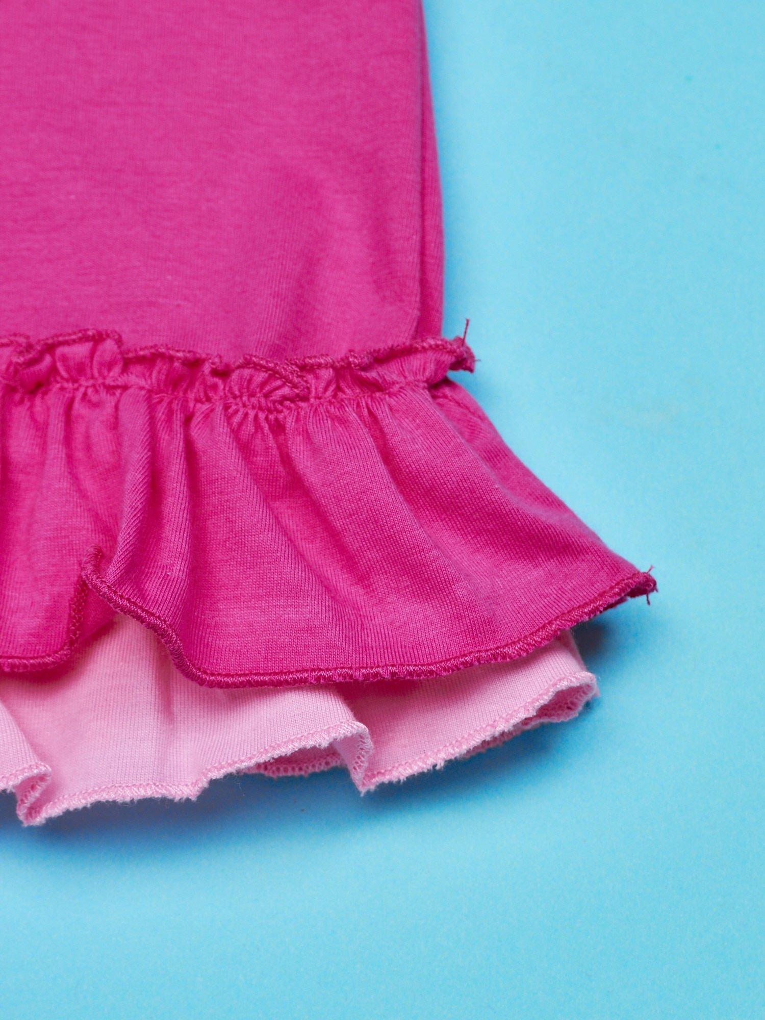 Różowy t-shirt dla dziewczynki z motywem HELLO KITTY                                  zdj.                                  5