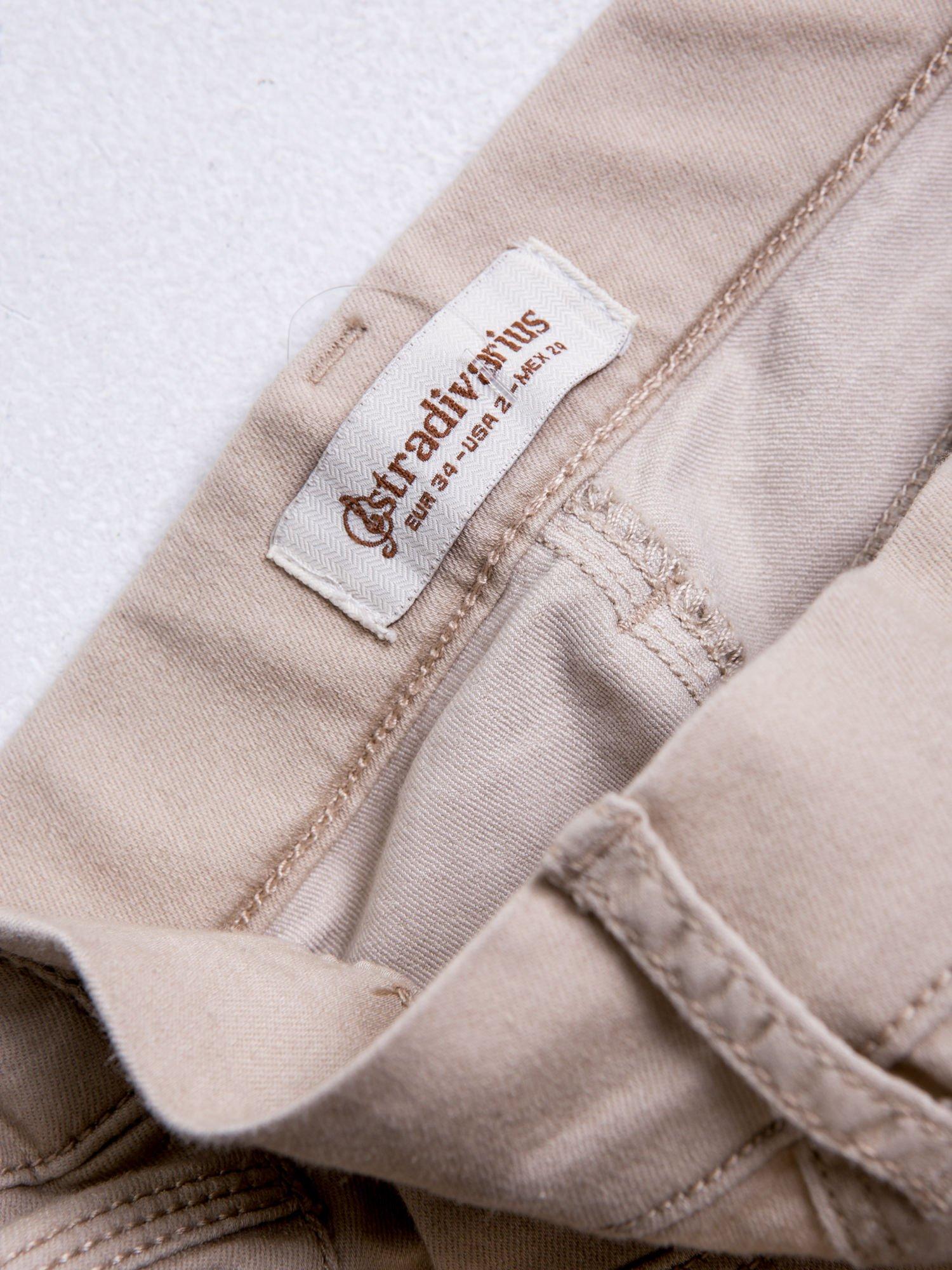 STRADIVARIUS Beżowe spodnie skinny typu jegginsy                                  zdj.                                  3