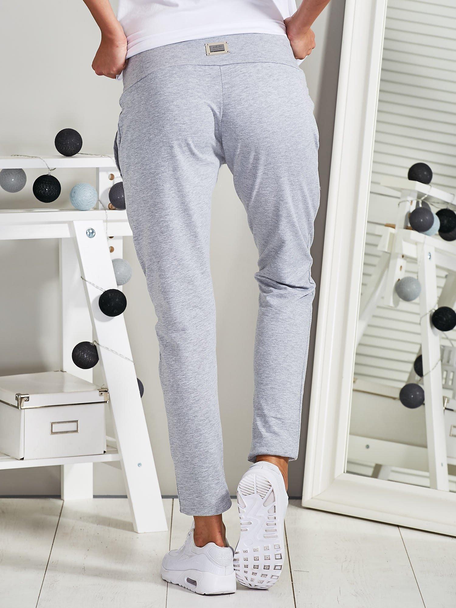 a680a1ad0cd479 Spodnie dresowe rurki z wiązaniem szare - Spodnie Dresowe - sklep eButik.pl