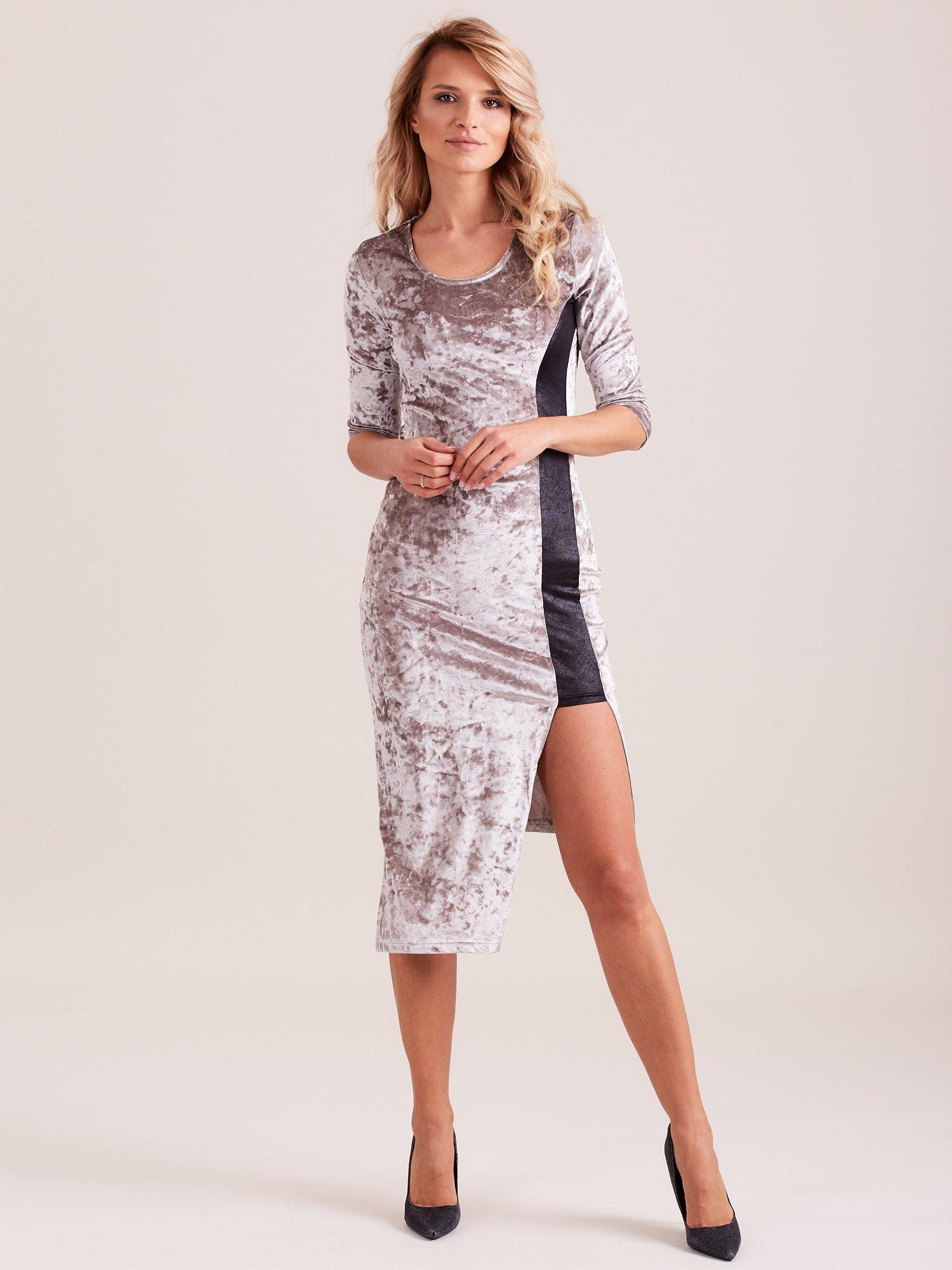 Srebrna sukienka z welwetu z rozcięciem                                  zdj.                                  2